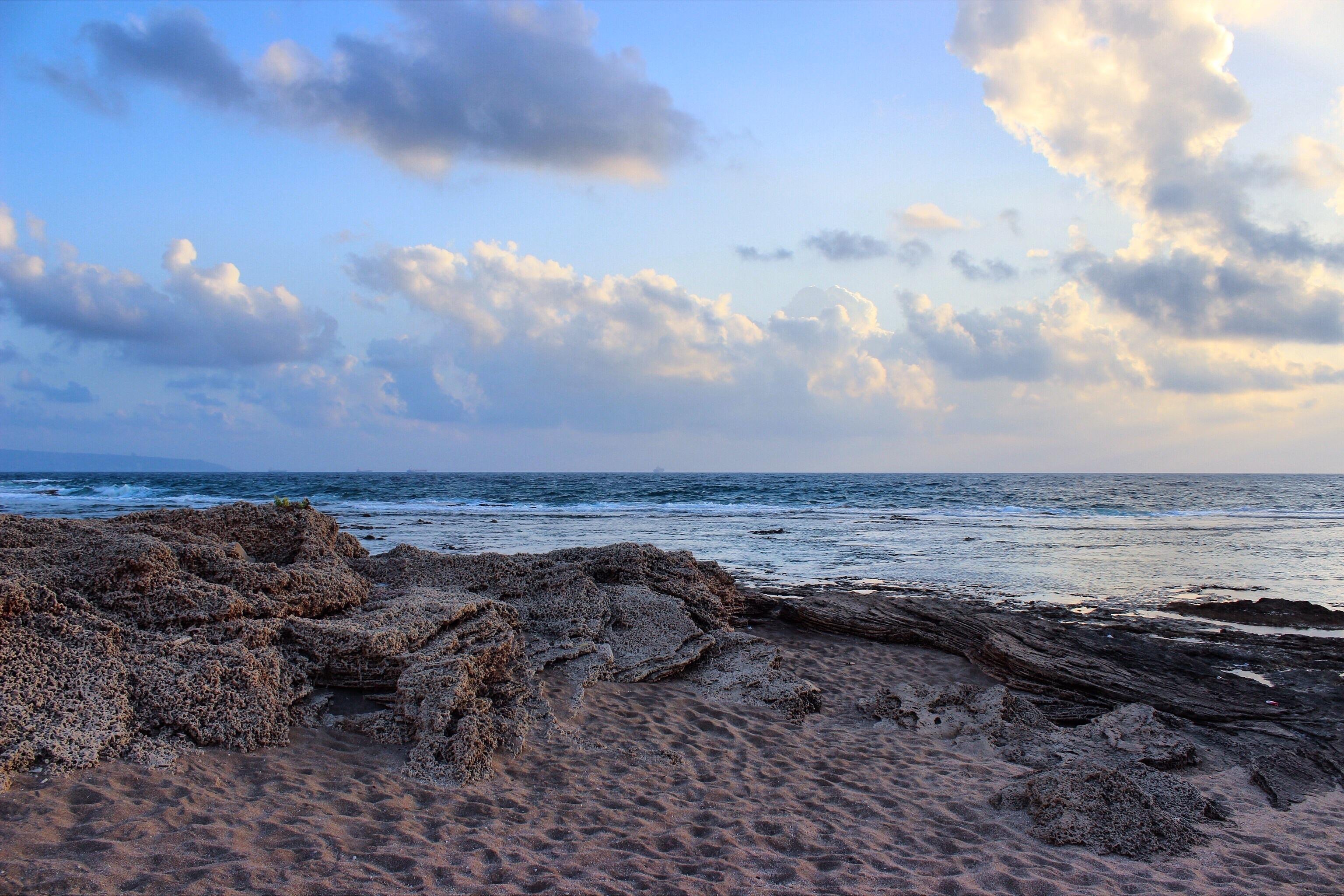 75369 Заставки и Обои Песок на телефон. Скачать Природа, Море, Облака, Песок, Берег картинки бесплатно