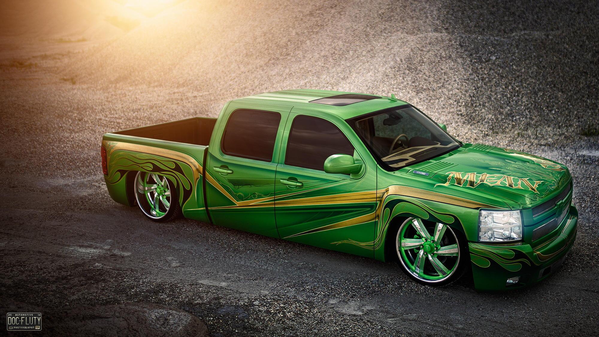 79852 скачать обои Тачки (Cars), Шевроле (Chevrolet), Silverado, Lowrider, Пикап, Зеленый - заставки и картинки бесплатно