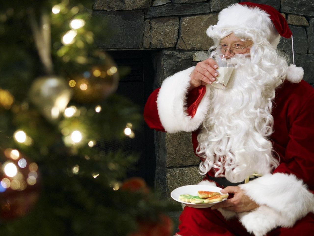Скачать картинку Праздники, Люди, Новый Год (New Year), Санта Клаус (Santa Claus) в телефон бесплатно.