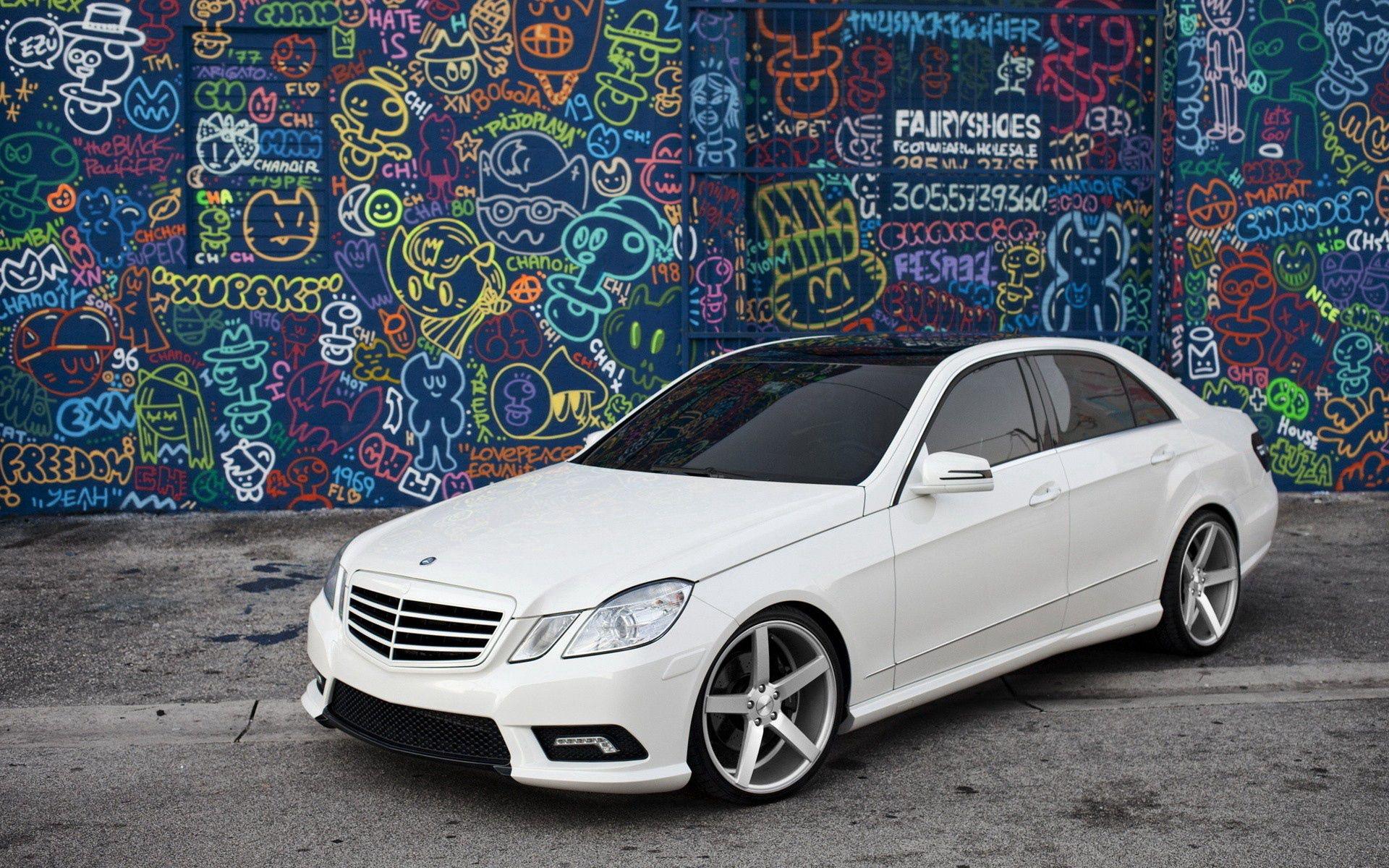 128586 descargar fondo de pantalla Coches, Mercedes, Clase E, Puesta A Punto, Pintada, Graffiti: protectores de pantalla e imágenes gratis