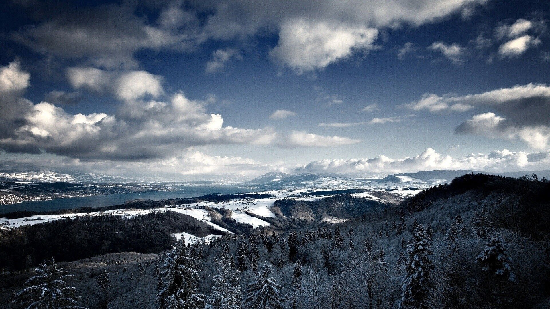 52362 download wallpaper Nature, Snow, Sky, Vertex, Top, Mountains screensavers and pictures for free