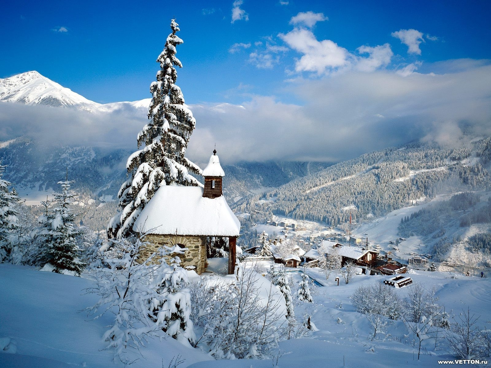 3777 download wallpaper Landscape, Winter, Houses, Snow screensavers and pictures for free