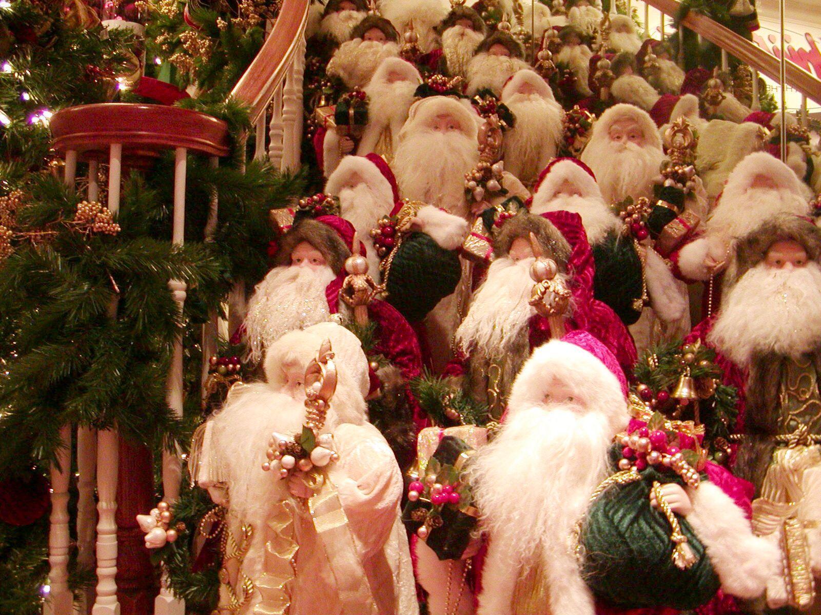 14086 скачать обои Праздники, Новый Год (New Year), Дед Мороз, Санта Клаус (Santa Claus), Игрушки, Рождество (Christmas, Xmas) - заставки и картинки бесплатно