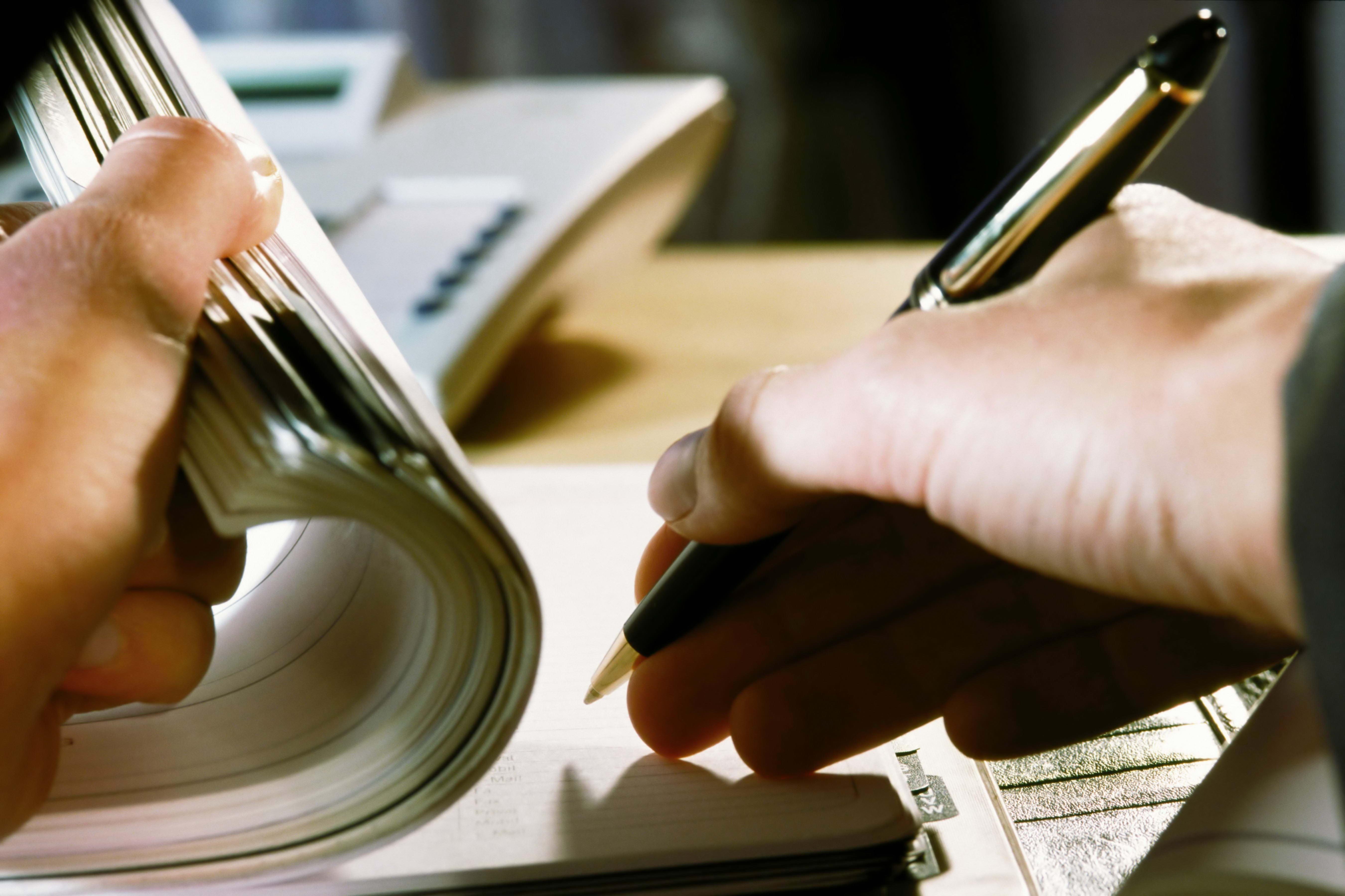 124770 скачать обои Разное, Руки, Ручка, Блокнот, Заметки, Тетрадь - заставки и картинки бесплатно