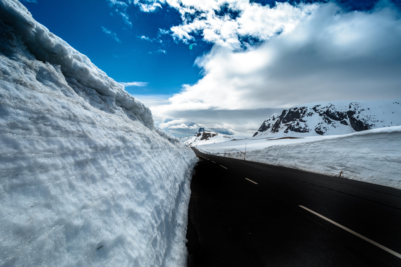 56520 скачать обои Дорога, Зима, Природа, Горы, Снег, Сугробы - заставки и картинки бесплатно