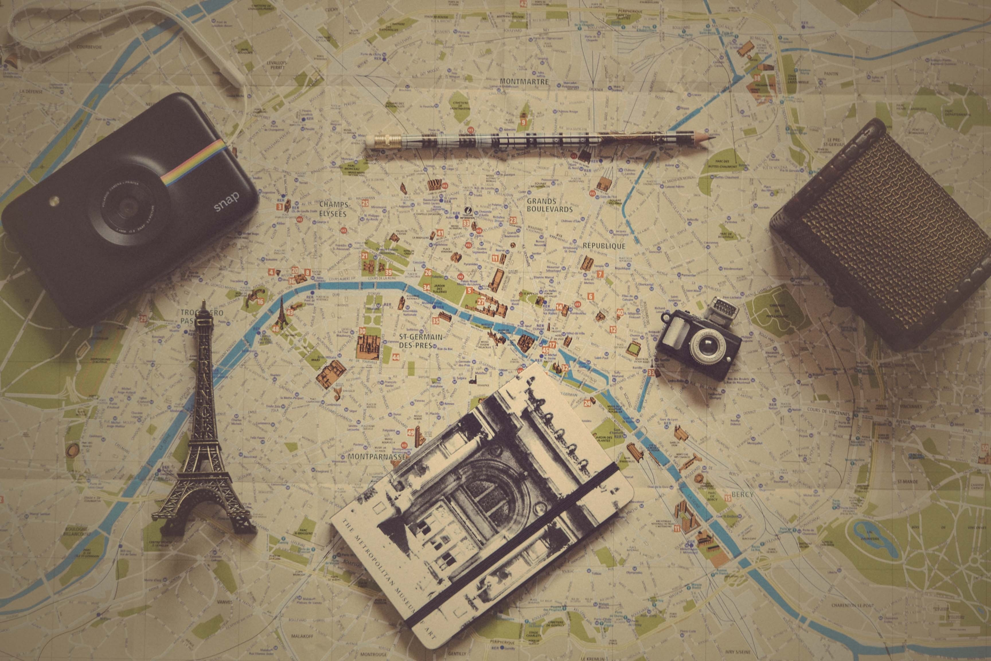 111662 download wallpaper Miscellanea, Miscellaneous, Vintage, Retro, Pencil, Camera, Notebook, Notepad, Map screensavers and pictures for free