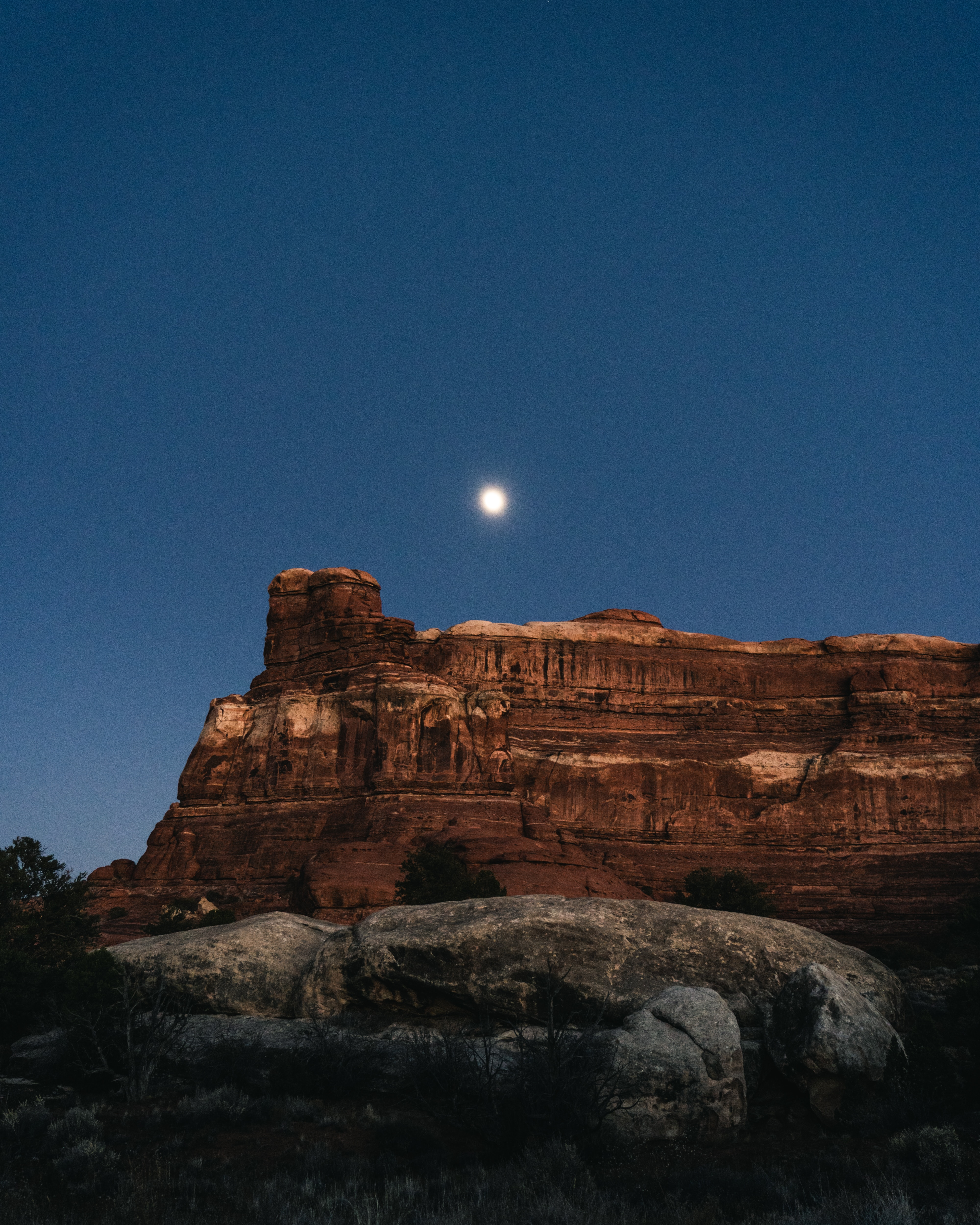133270 download wallpaper Nature, Canyon, Rocks, Night, Moon, Landscape screensavers and pictures for free