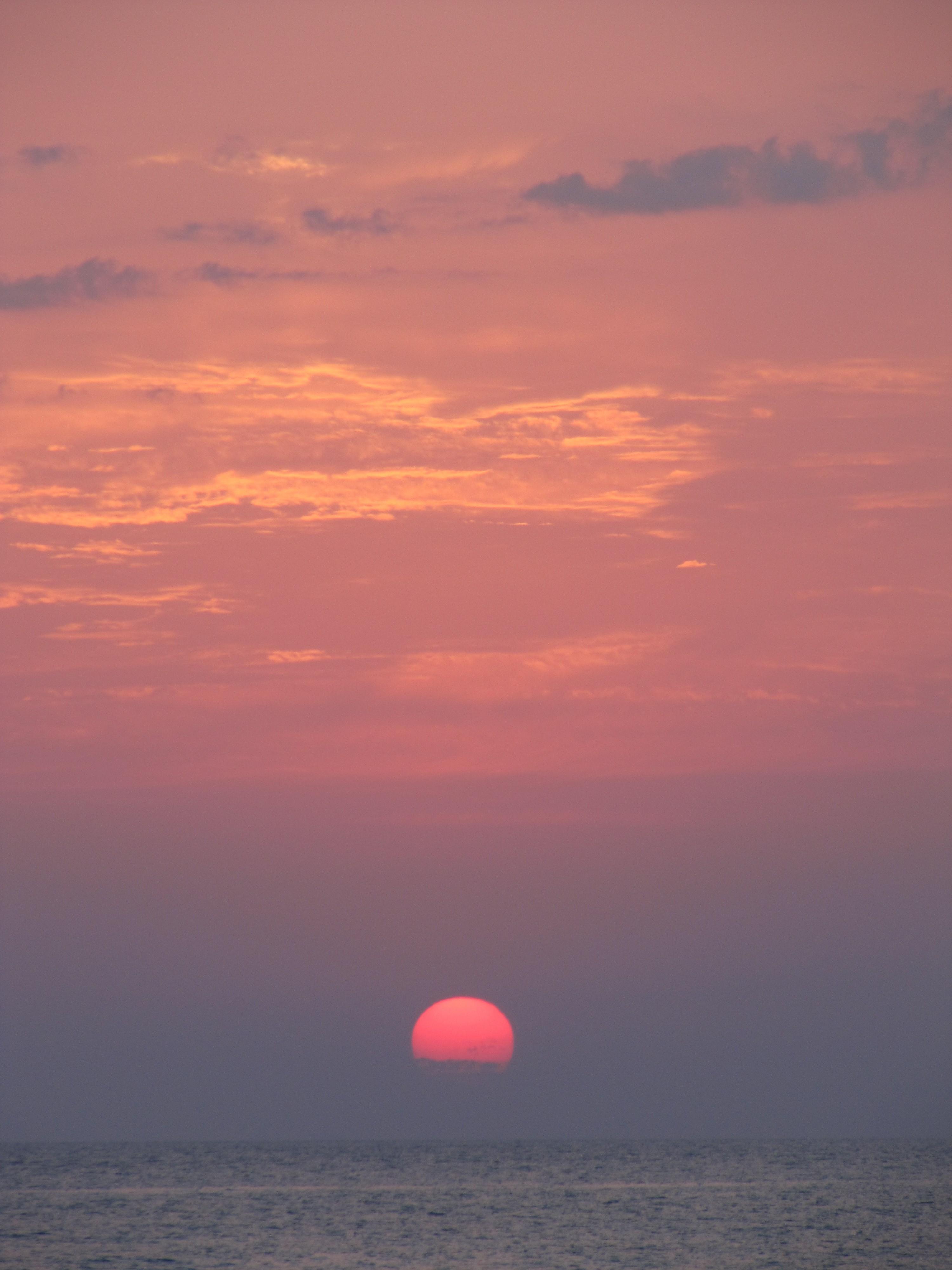 9504 скачать обои Пейзаж, Закат, Небо, Море, Солнце - заставки и картинки бесплатно