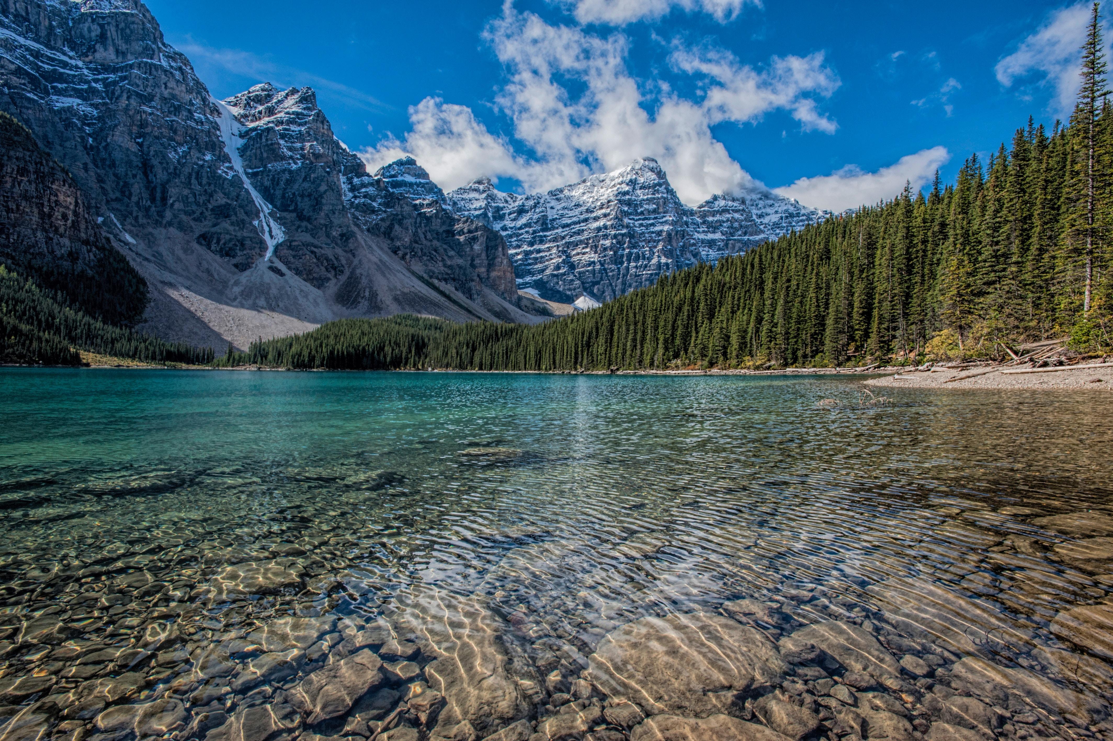 137106 免費下載壁紙 性质, 路易丝, 湖, 湖景, 加拿大, 山 屏保和圖片