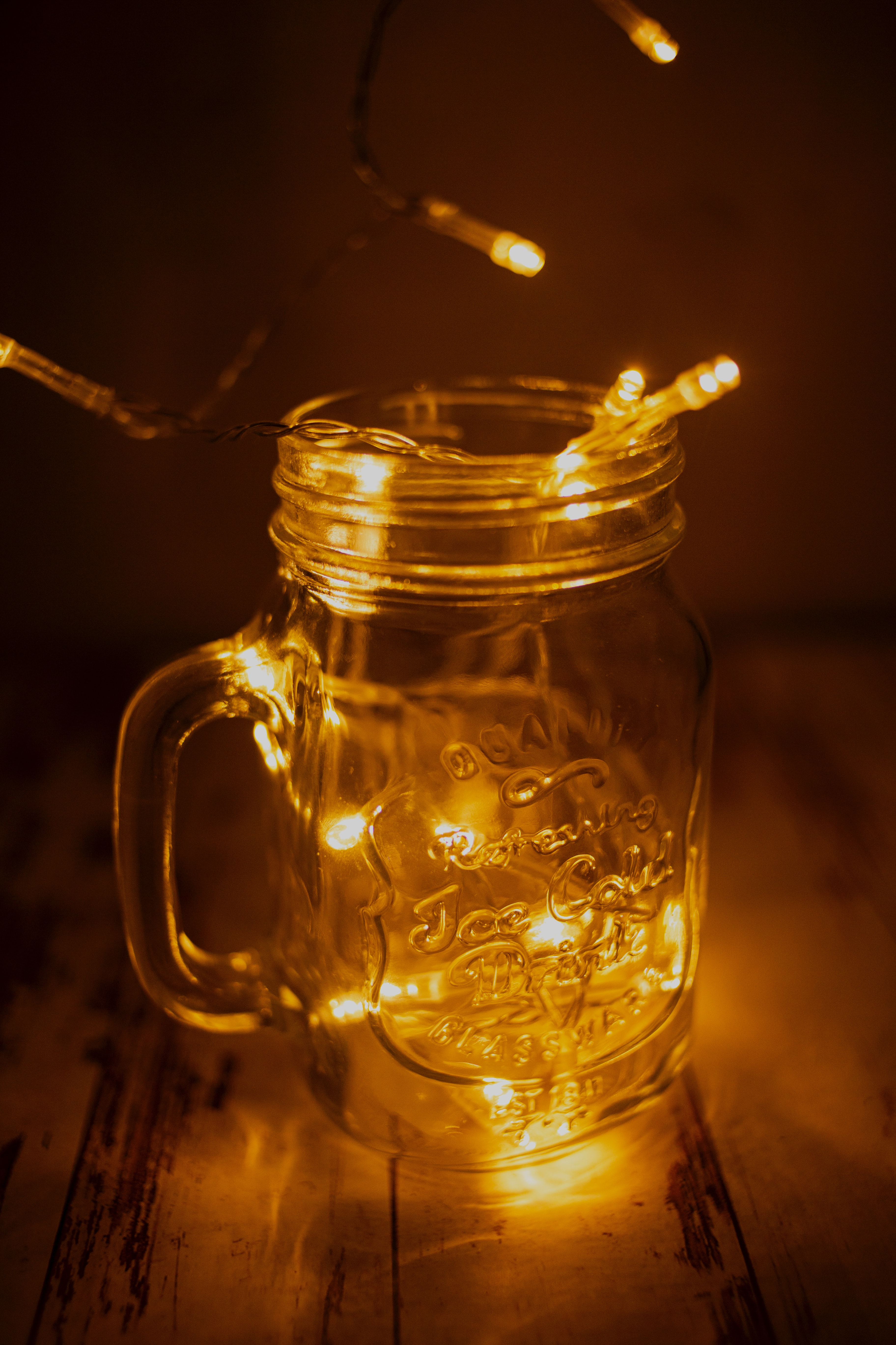 130326 Screensavers and Wallpapers Cup for phone. Download Shine, Light, Miscellanea, Miscellaneous, Cup, Glow, Garland, Mug pictures for free