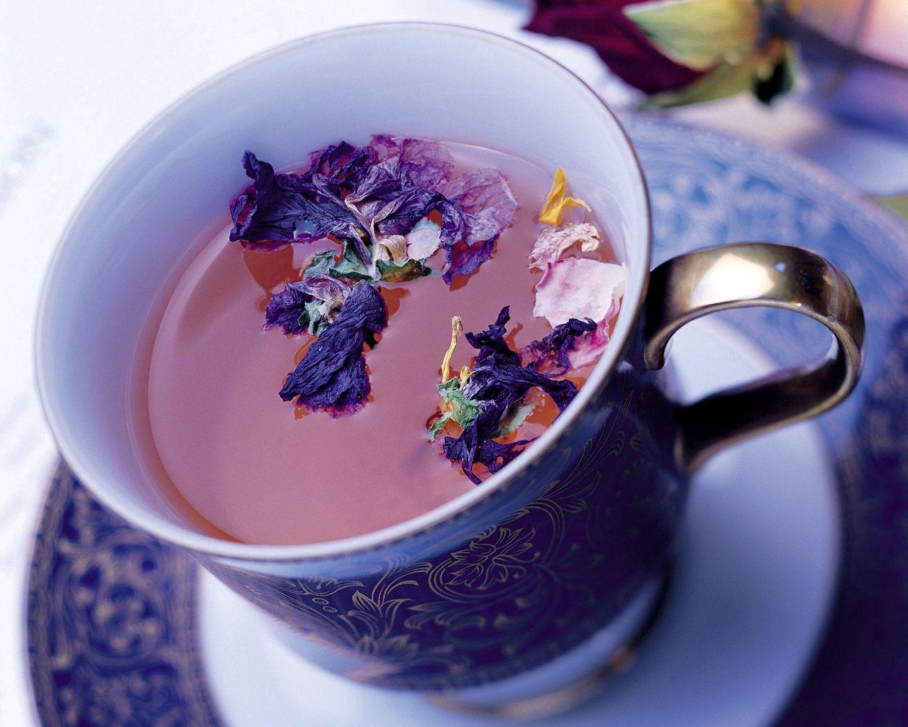 93288 Hintergrundbild herunterladen Blumen, Lebensmittel, Getränke, Eine Tasse, Tasse, Trinken, Tee - Bildschirmschoner und Bilder kostenlos