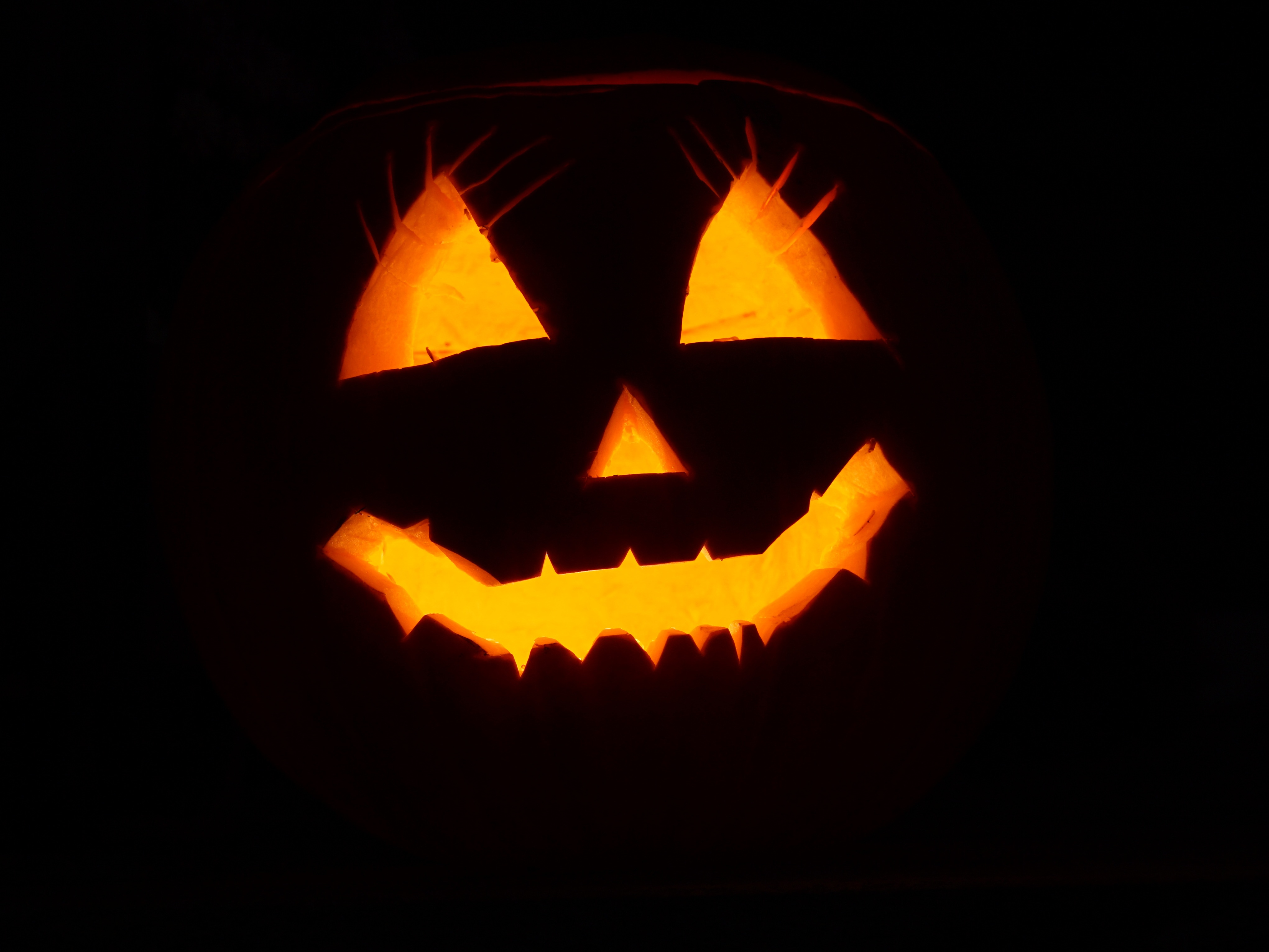 115352 download wallpaper Holidays, Halloween, Dark Background, Face screensavers and pictures for free