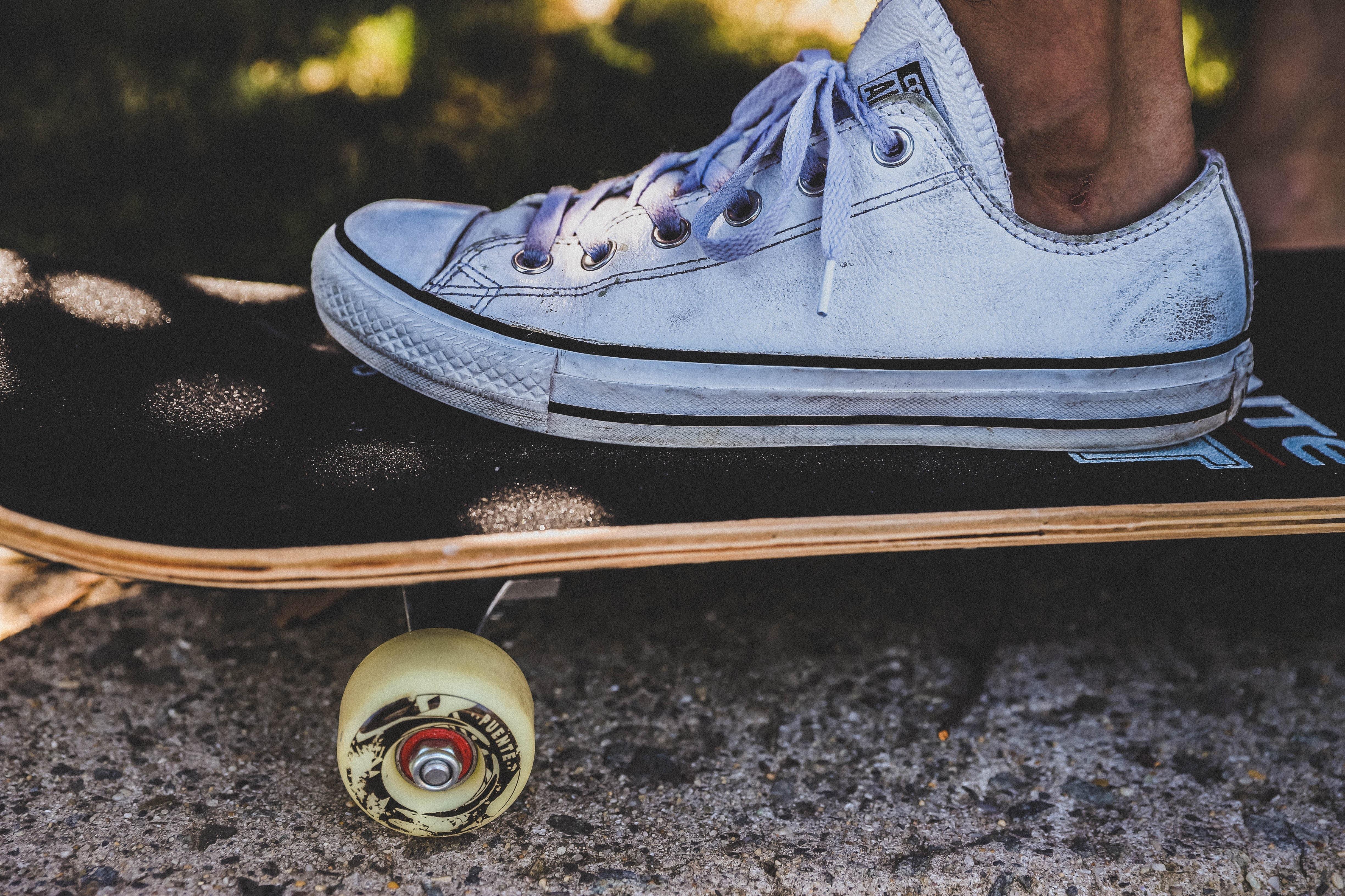 Handy-Wallpaper Sport, Rad, Schuhe, Schuhwerk, Skateboard, Schlittschuh, Skate, Bein kostenlos herunterladen.