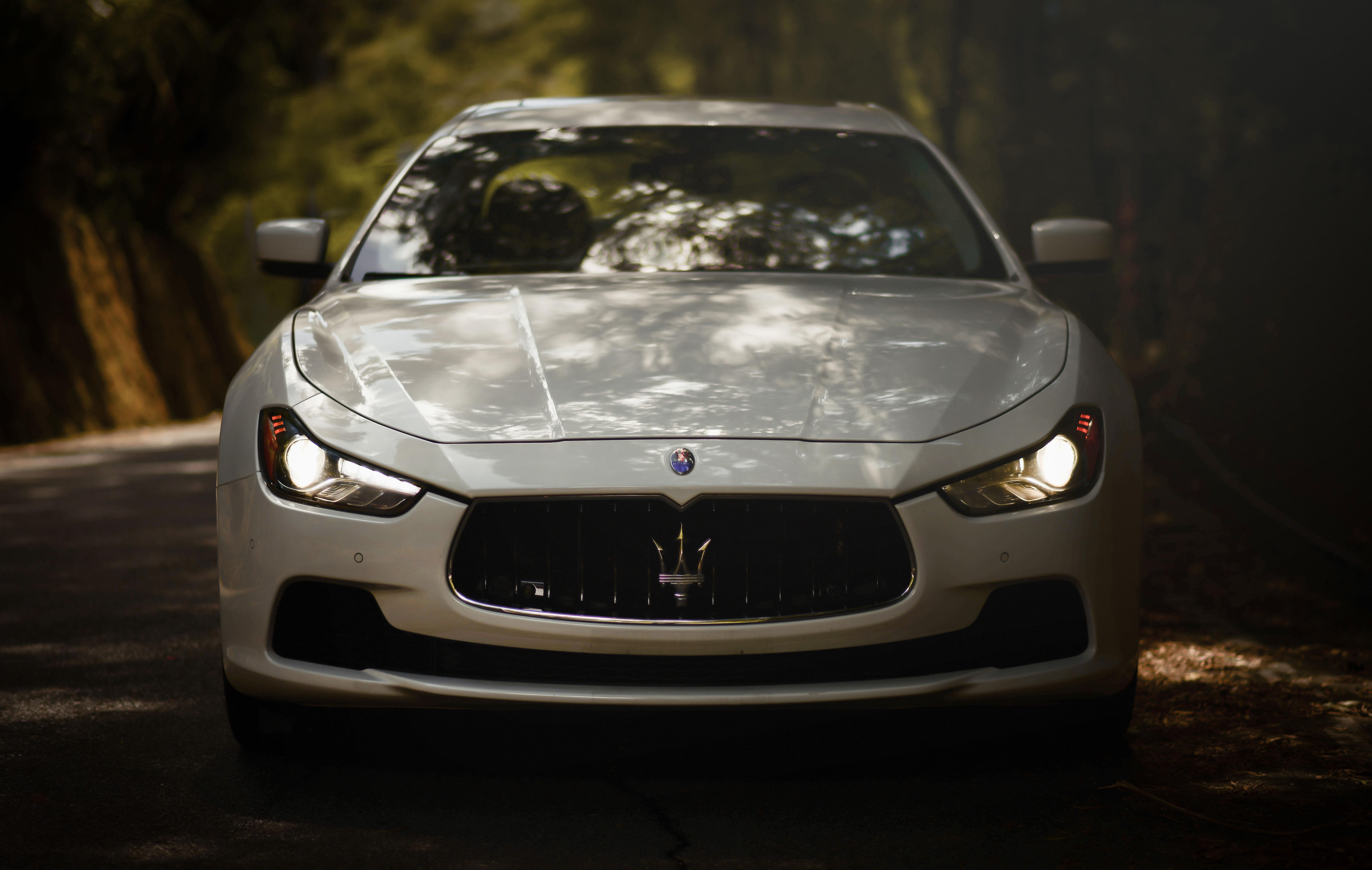 146208 Hintergrundbild herunterladen Sport, Auto, Maserati, Cars, Vorderansicht, Frontansicht, Maschine, Sportwagen, Maserati Ghibli - Bildschirmschoner und Bilder kostenlos