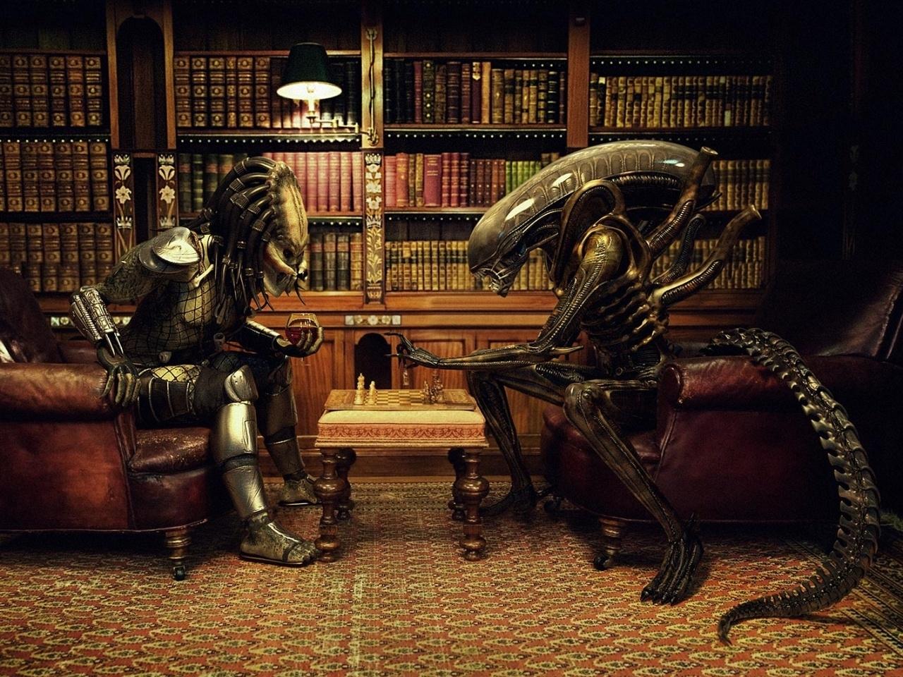 38638 download wallpaper Cinema, Avp: Alien Vs. Predator screensavers and pictures for free