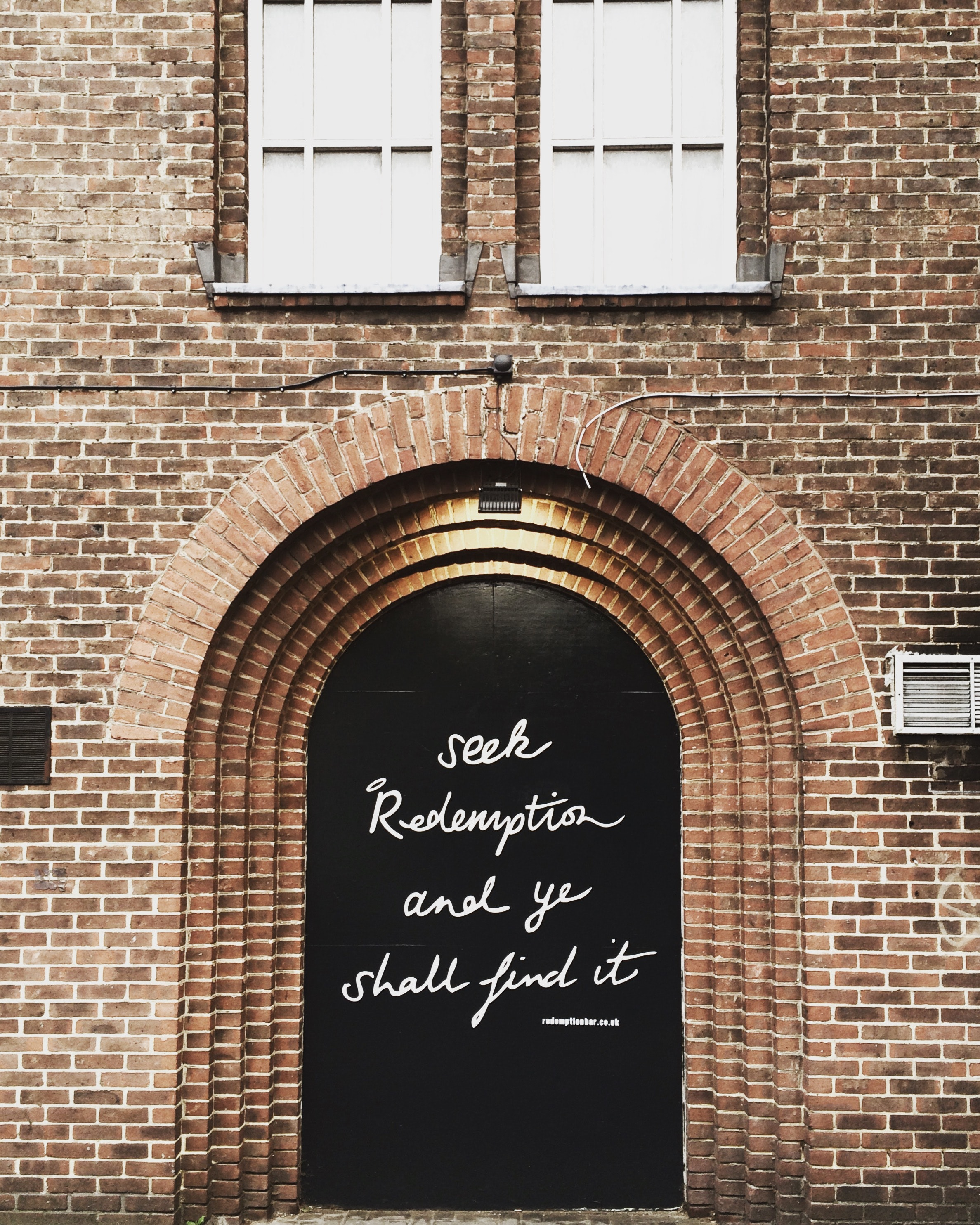 134765 Screensavers and Wallpapers Words for phone. Download Motivation, Words, Wall, Inscription, Arch, Door pictures for free