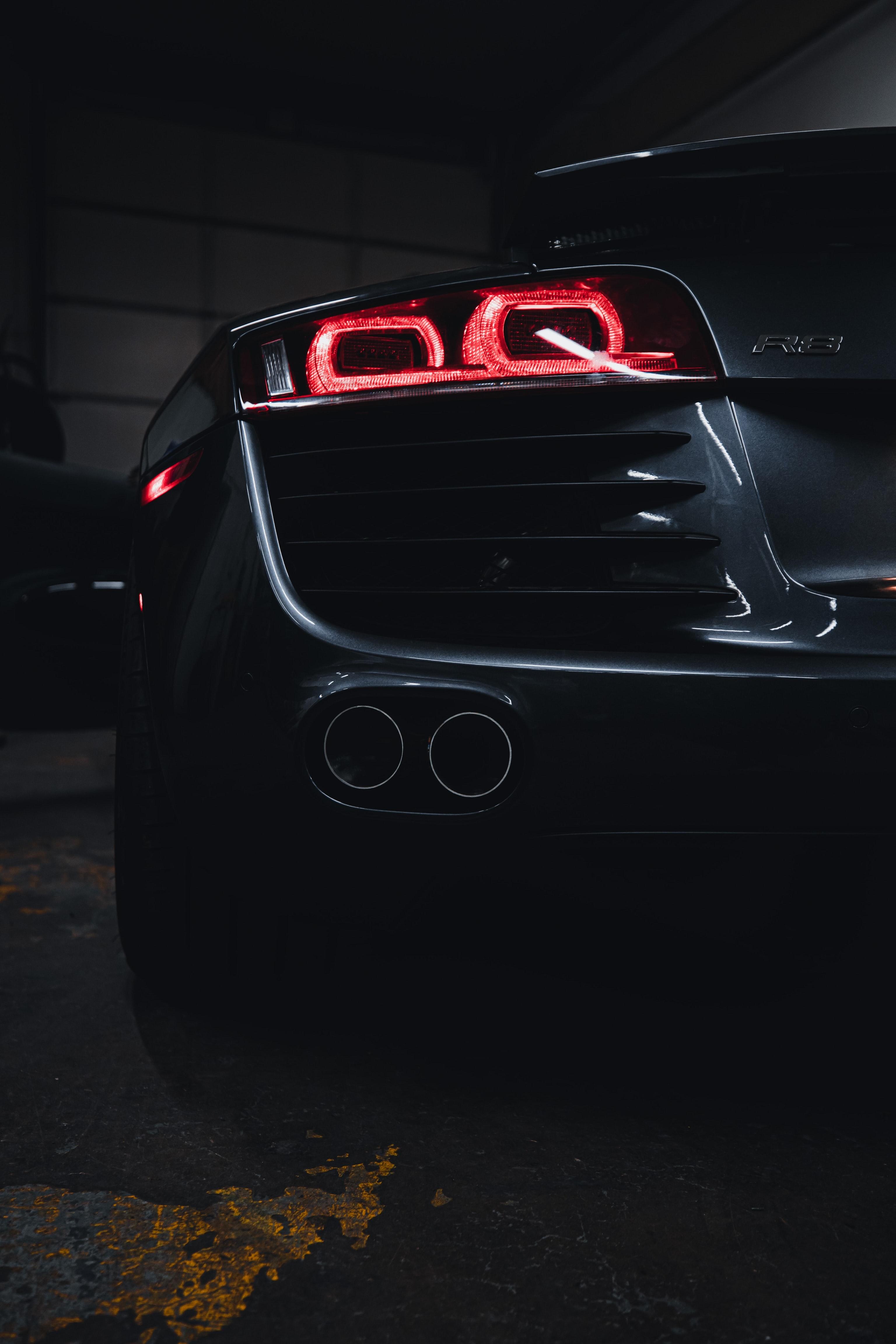 126815 скачать обои Ауди (Audi), Автомобиль, Тачки (Cars), Серый, Вид Сзади, Audi R8 - заставки и картинки бесплатно