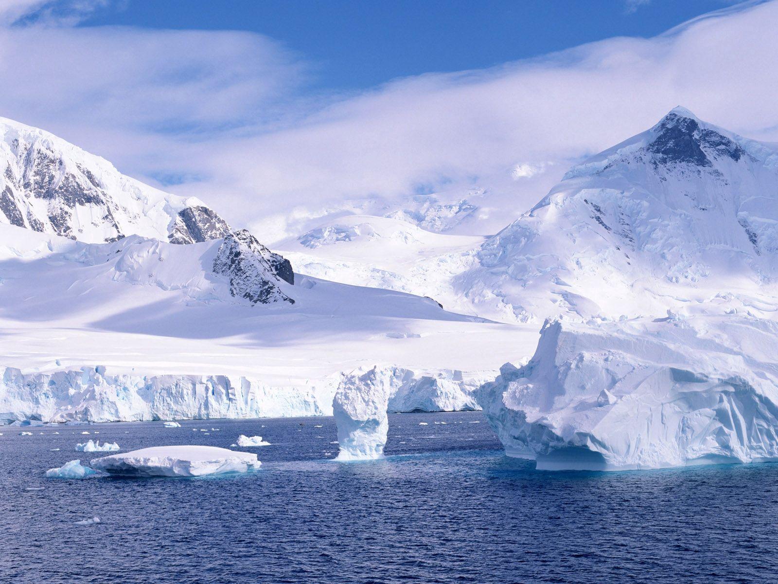 130767 скачать обои Природа, Снег, Лед, Холод, Океан, Айсберг, Осколки, Белый, Горы - заставки и картинки бесплатно