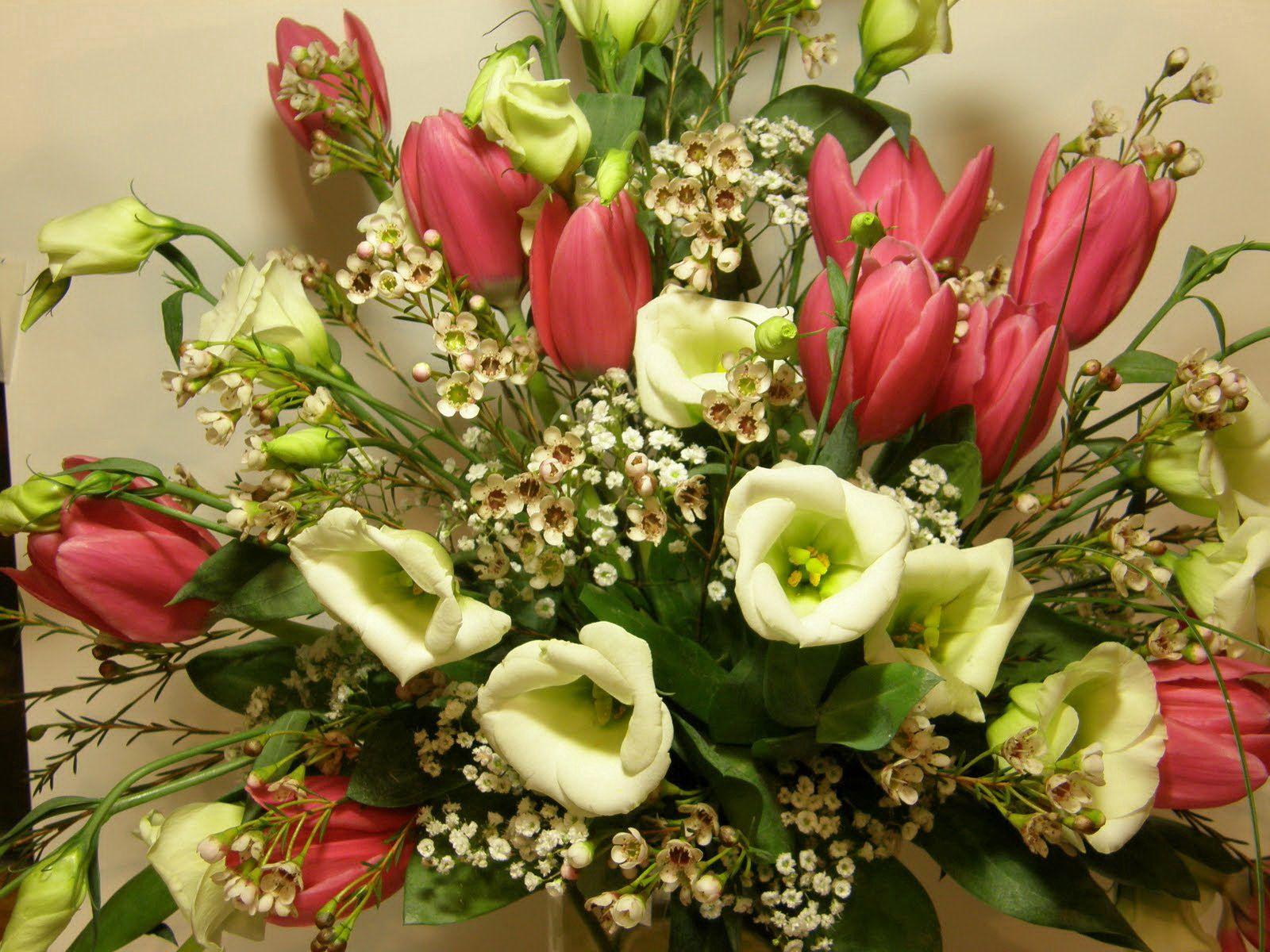 107662 скачать обои Цветы, Букет, Композиция, Тюльпаны - заставки и картинки бесплатно