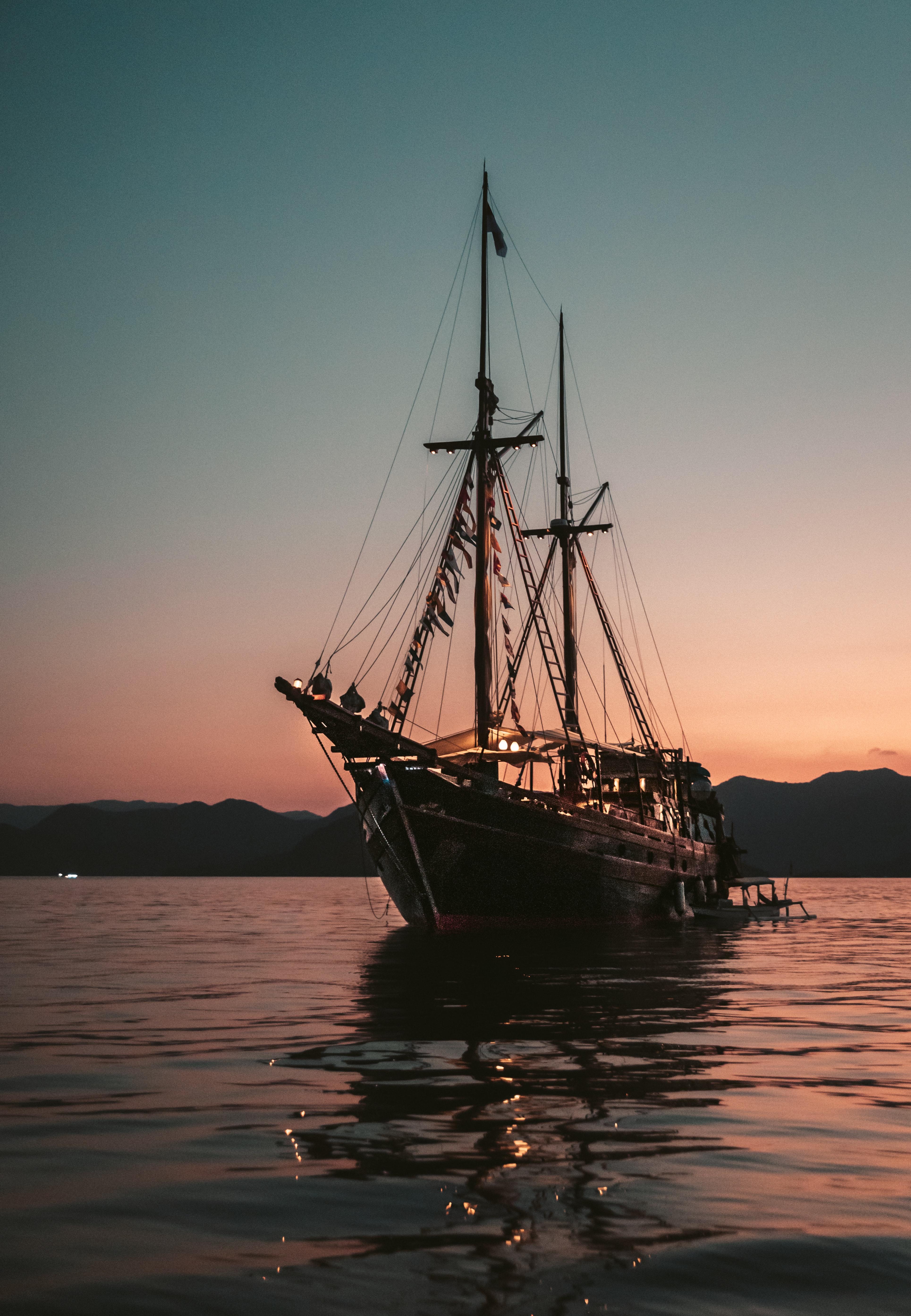 90168 скачать обои Волны, Корабль, Вода, Закат, Разное - заставки и картинки бесплатно