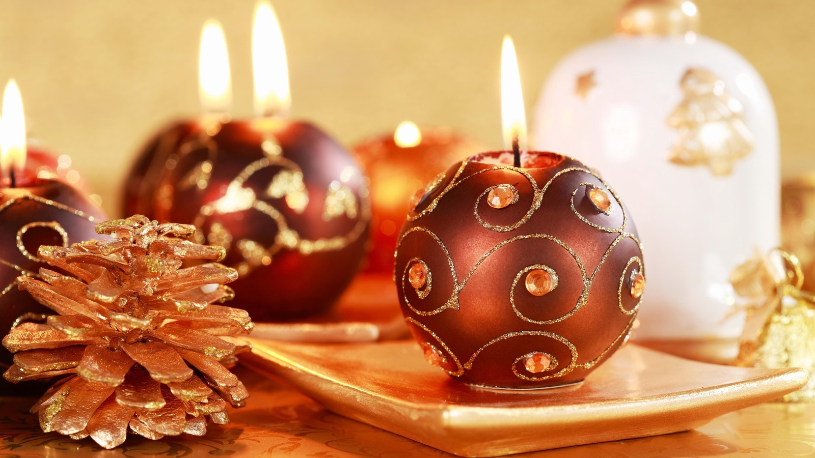 19404 download wallpaper Holidays, Background, New Year, Christmas, Xmas, Candles screensavers and pictures for free