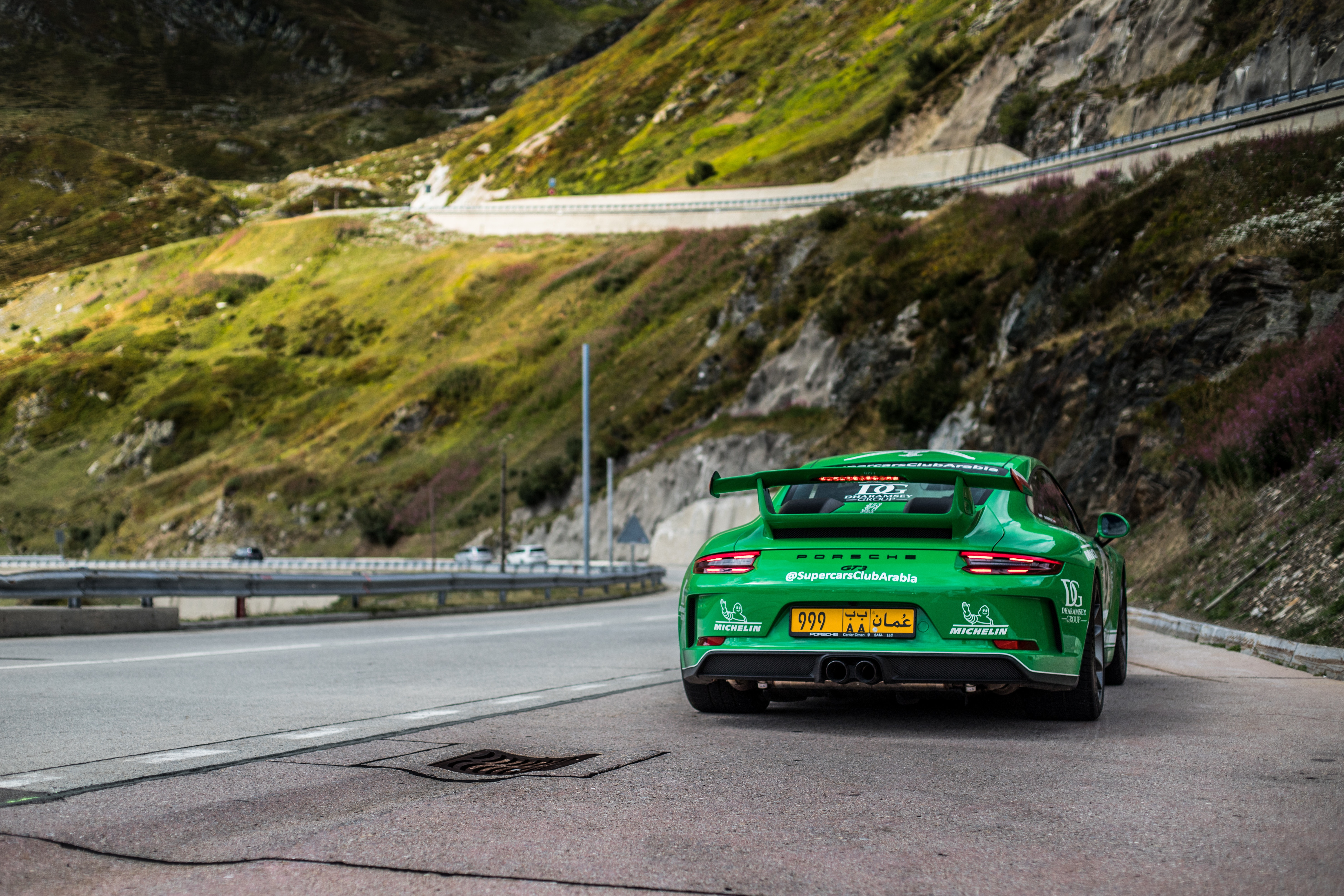 60782 download wallpaper Sports, Porsche, Cars, Sports Car, Porsche 911 Gt3, Race screensavers and pictures for free