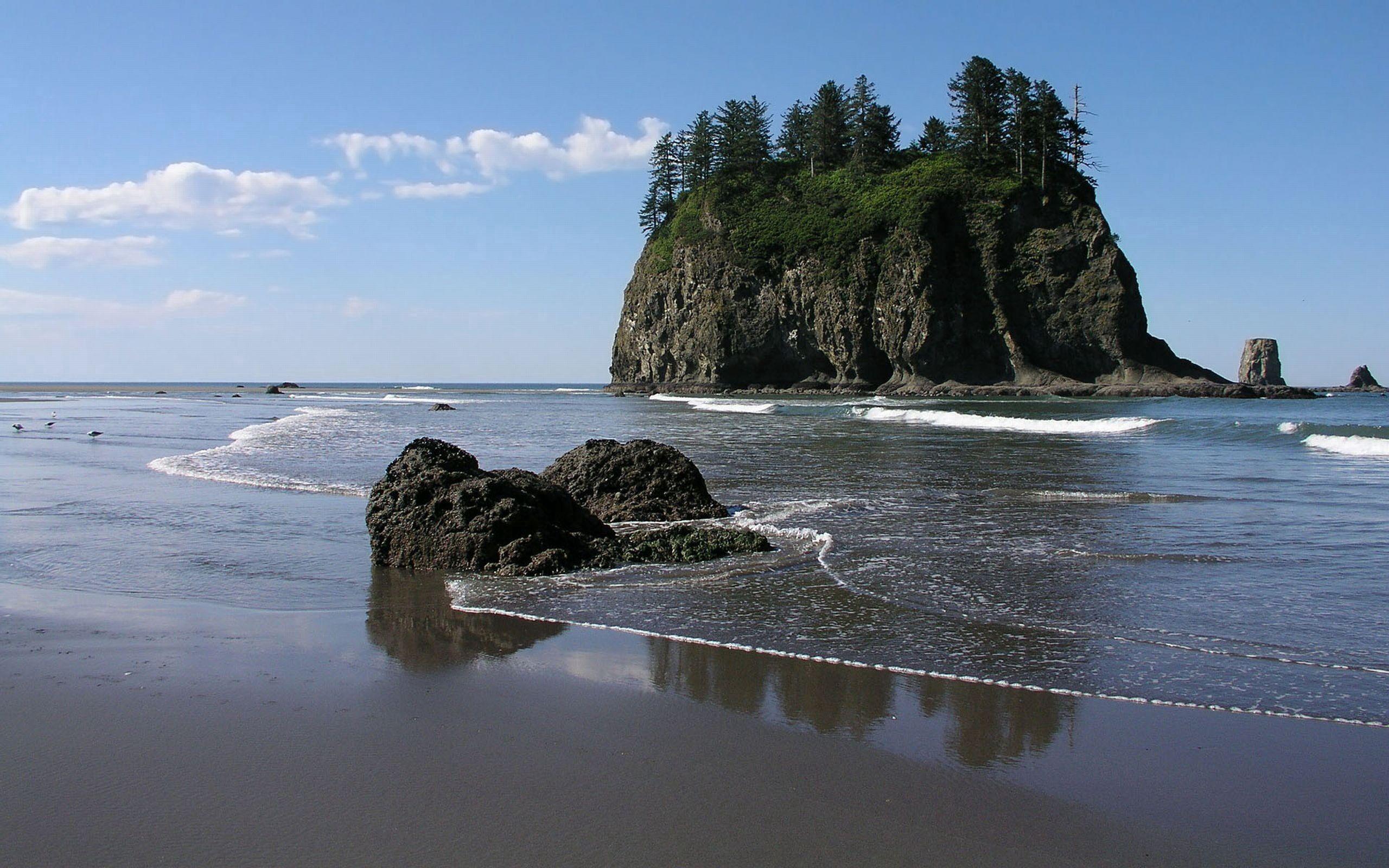 113778 скачать обои Море, Камни, Природа, Песок, Берег, Глыба - заставки и картинки бесплатно