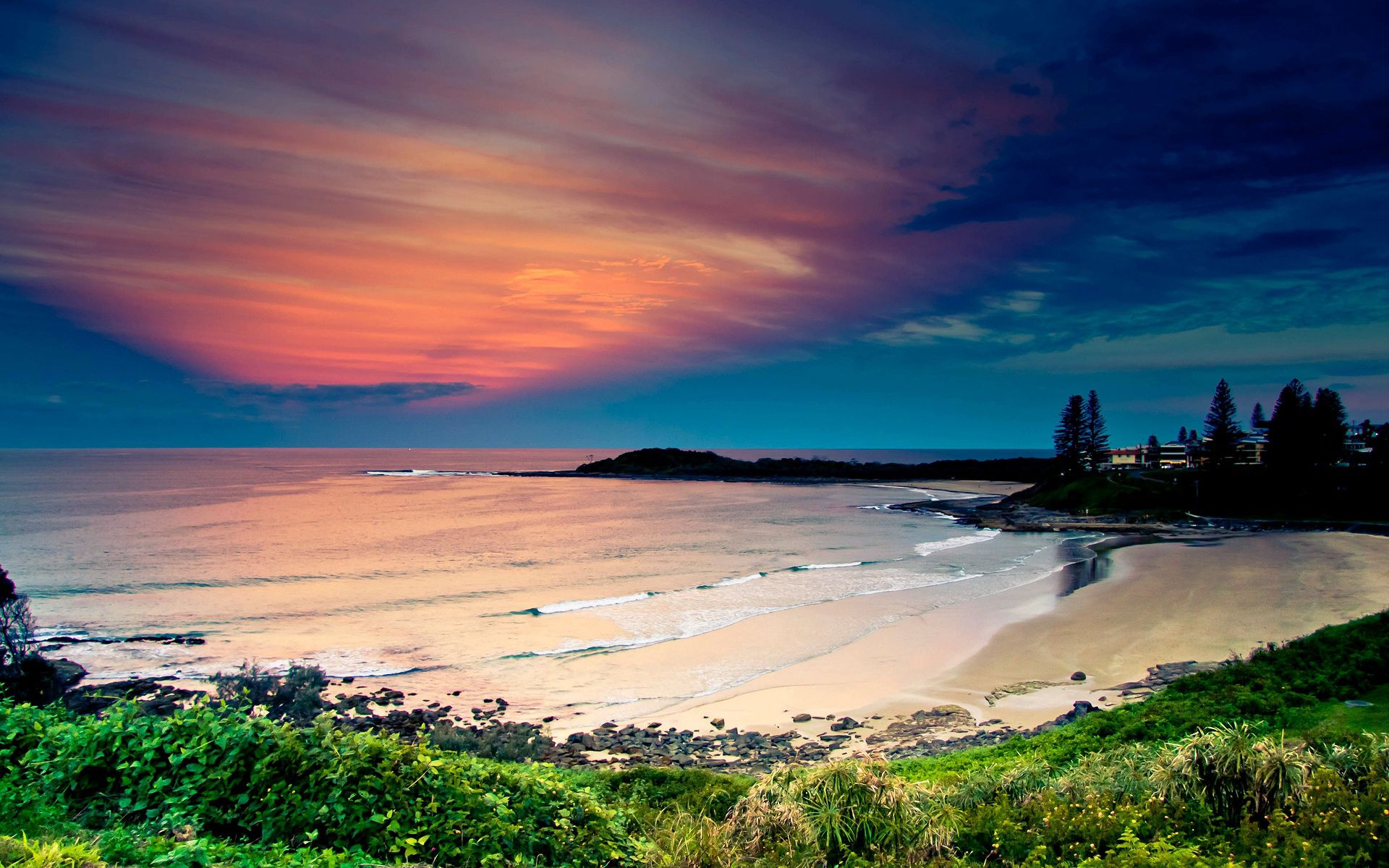 108047 Hintergrundbild herunterladen Waves, Strand, Natur, Sky, Sand, Küste, Ozean, Farbe, Vegetation, Farben, Abend, Bucht, Mündung, Ruhe - Bildschirmschoner und Bilder kostenlos