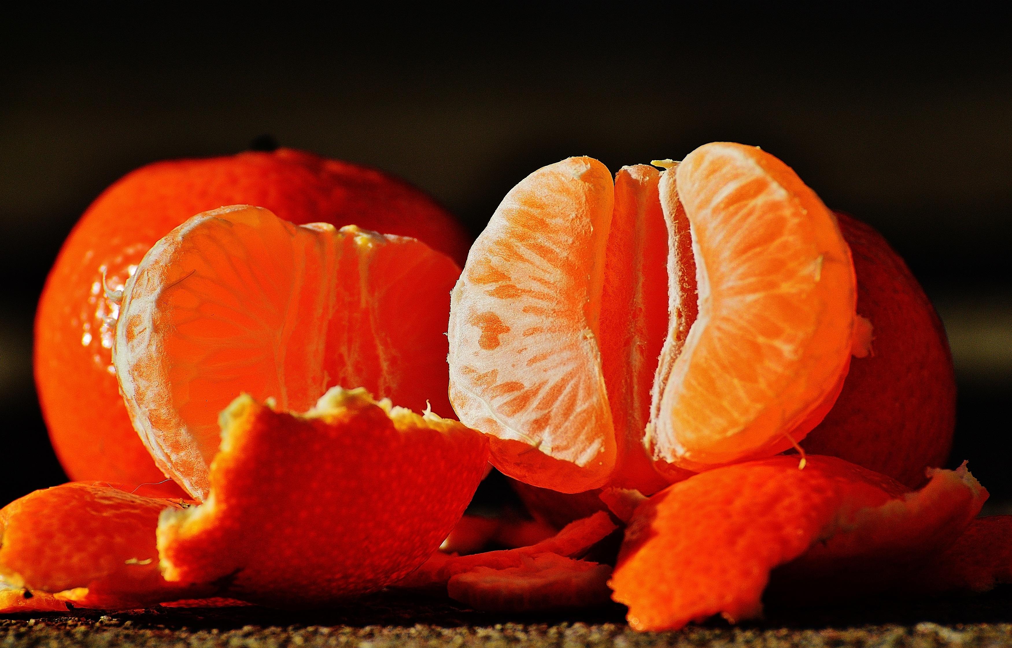 107047 Hintergrundbild 1280x800 kostenlos auf deinem Handy, lade Bilder Lebensmittel, Mandarinen, Die Frucht, Frucht, Schälen, Rinde 1280x800 auf dein Handy herunter