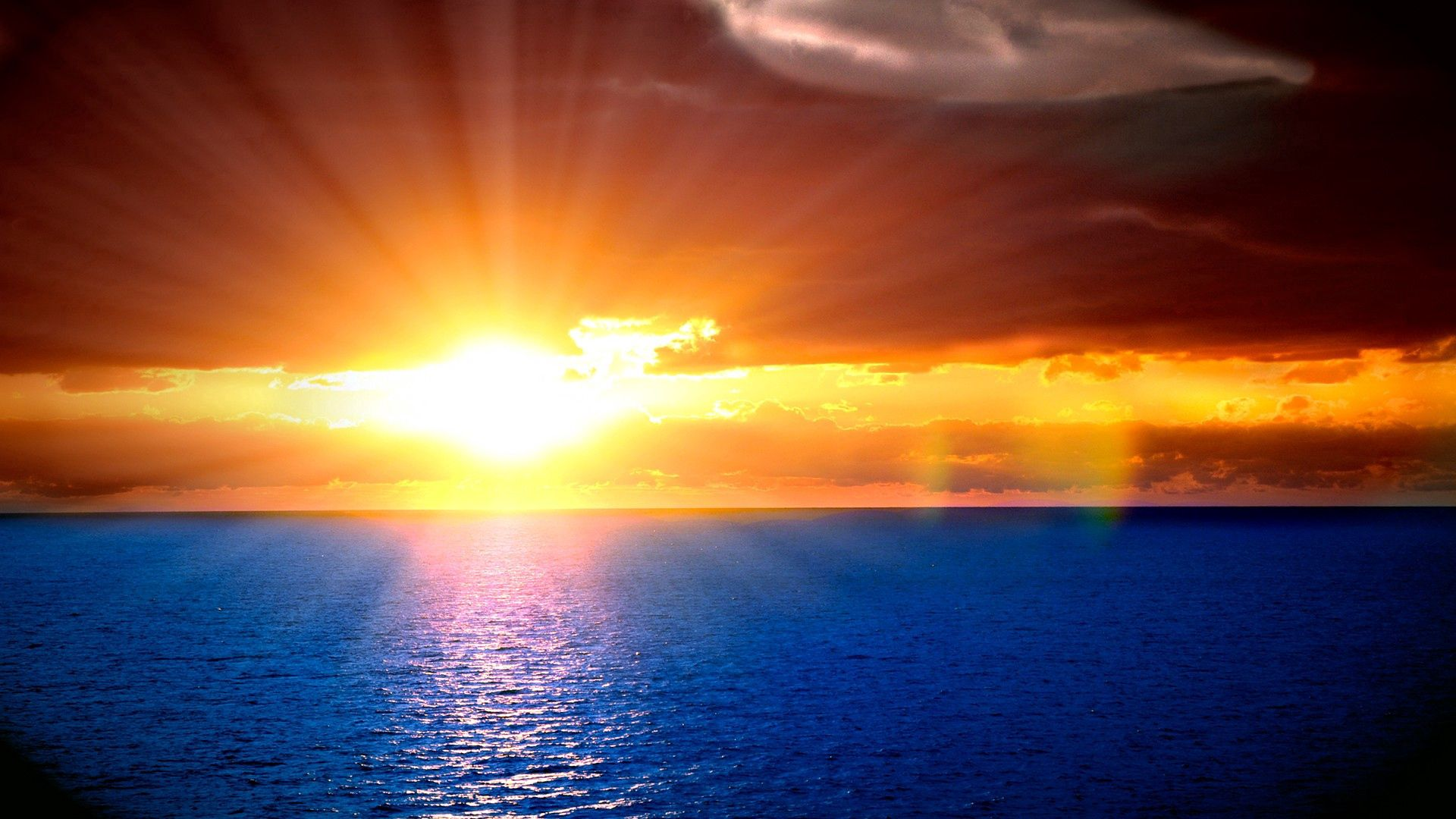 100960 télécharger le fond d'écran Sun, Ondulations, Sky, Nature, Coucher De Soleil, Mer, Horizon, Briller, Lumière, Poutres, Rayons, Ondulation - économiseurs d'écran et images gratuitement