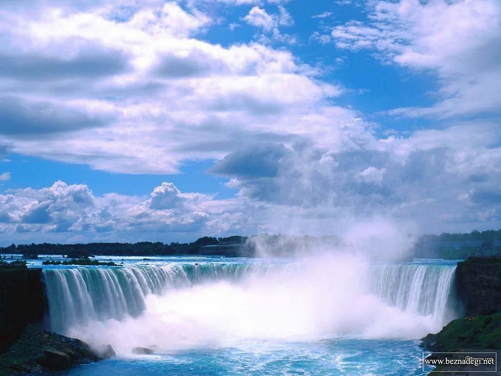 6417 download wallpaper Landscape, Waterfalls screensavers and pictures for free