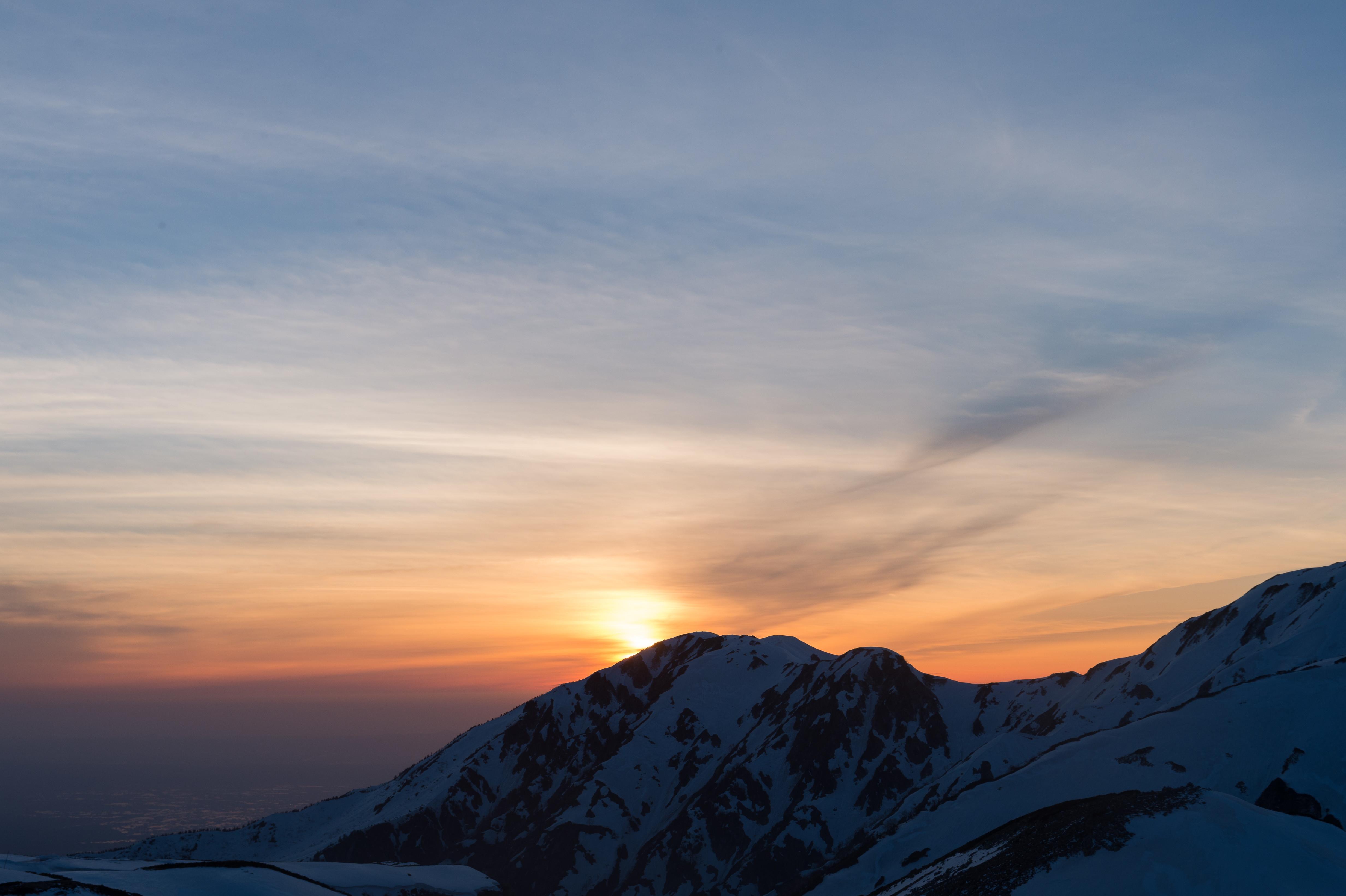 143526 скачать обои Природа, Заснеженный, Закат, Небо, Горы - заставки и картинки бесплатно