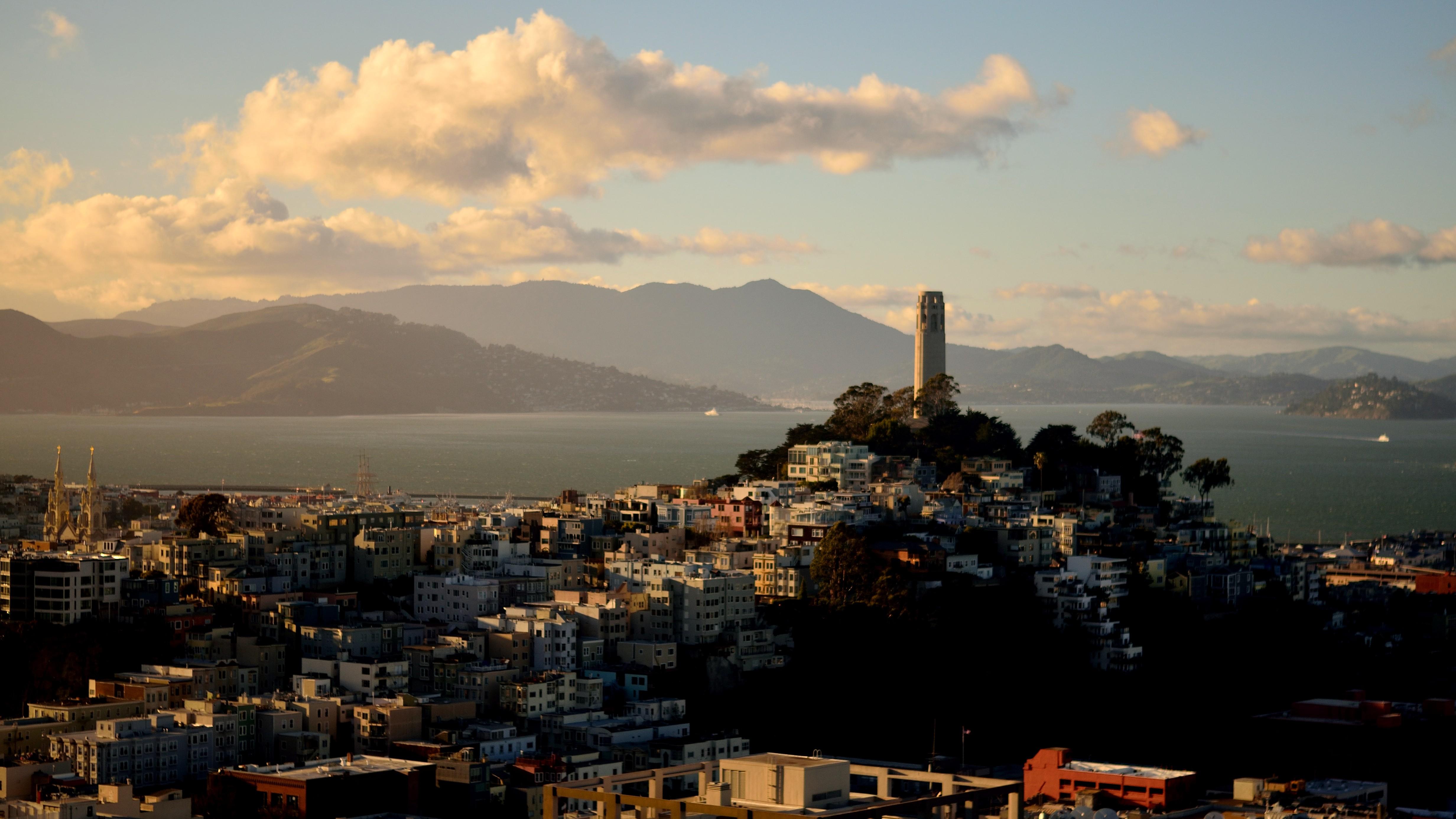 78733壁紙のダウンロード建物, タワー, 塔, 市, 都市, 海, 山脈-スクリーンセーバーと写真を無料で