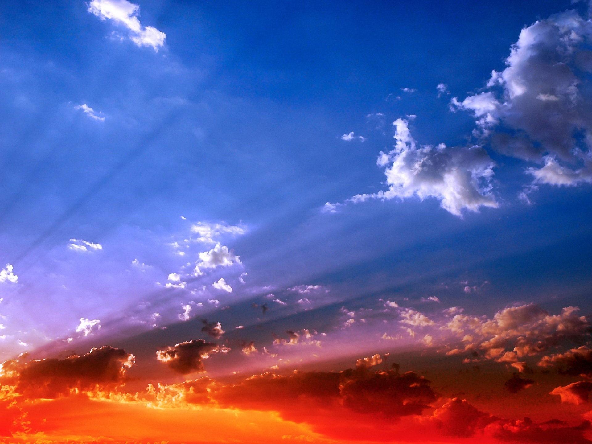 105165壁紙のダウンロード自然, スカイ, ビーム, 光線, 輝く, 光, オレンジ, 青い, 明るく, サン-スクリーンセーバーと写真を無料で