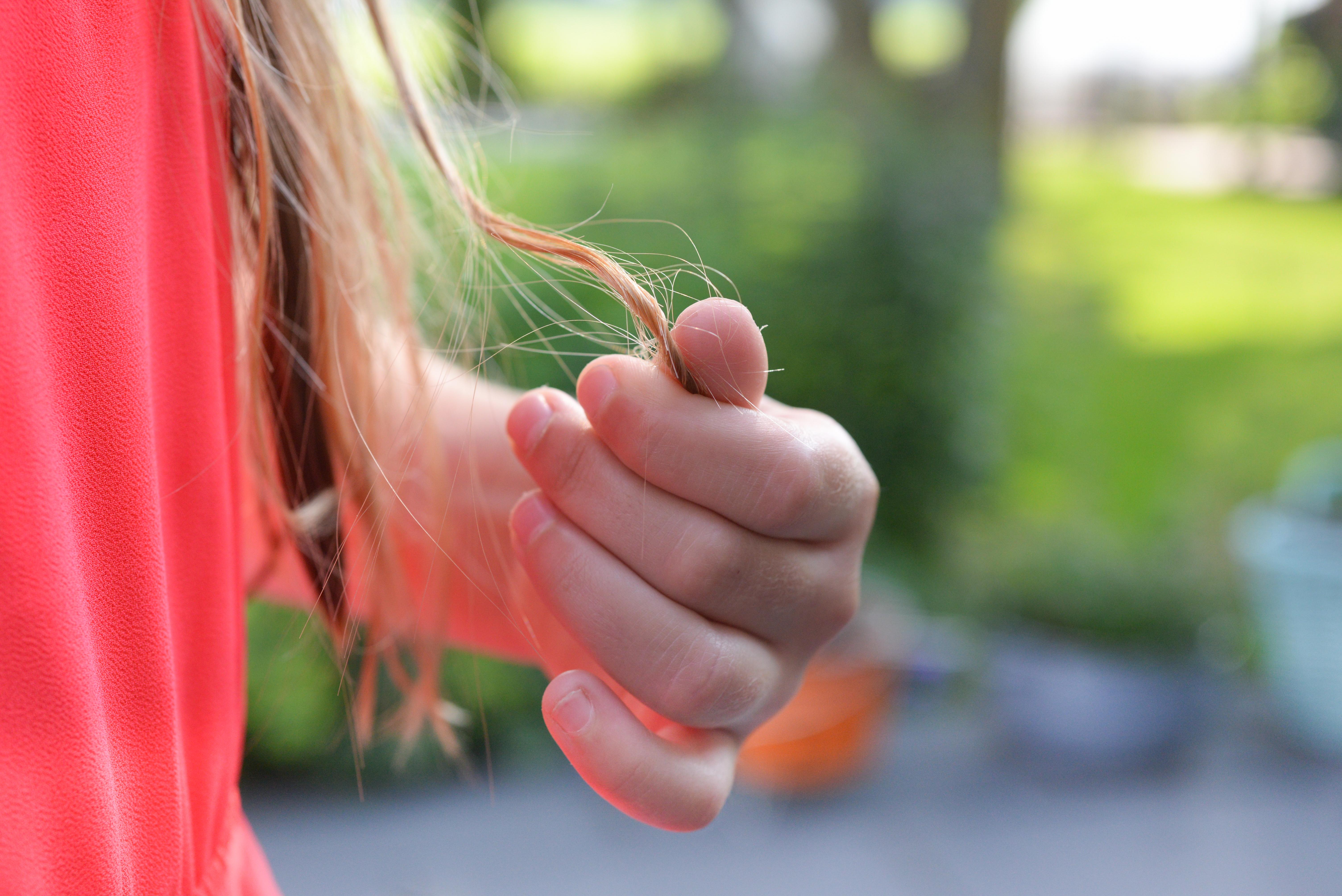 106892 скачать обои Разное, Рука, Волосы, Пальцы, Девушка - заставки и картинки бесплатно
