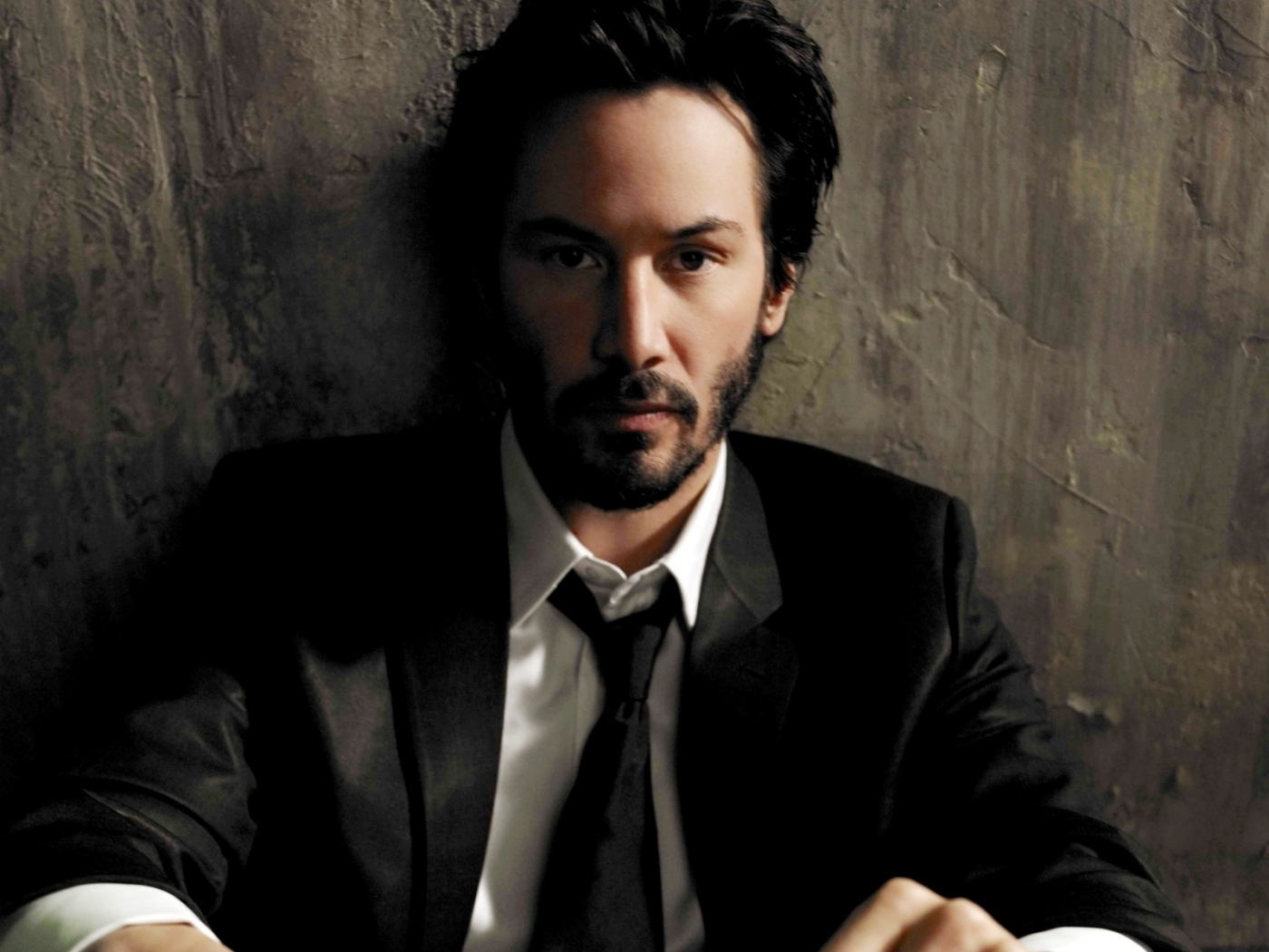 23262 download wallpaper Cinema, People, Actors, Men, Keanu Reeves screensavers and pictures for free