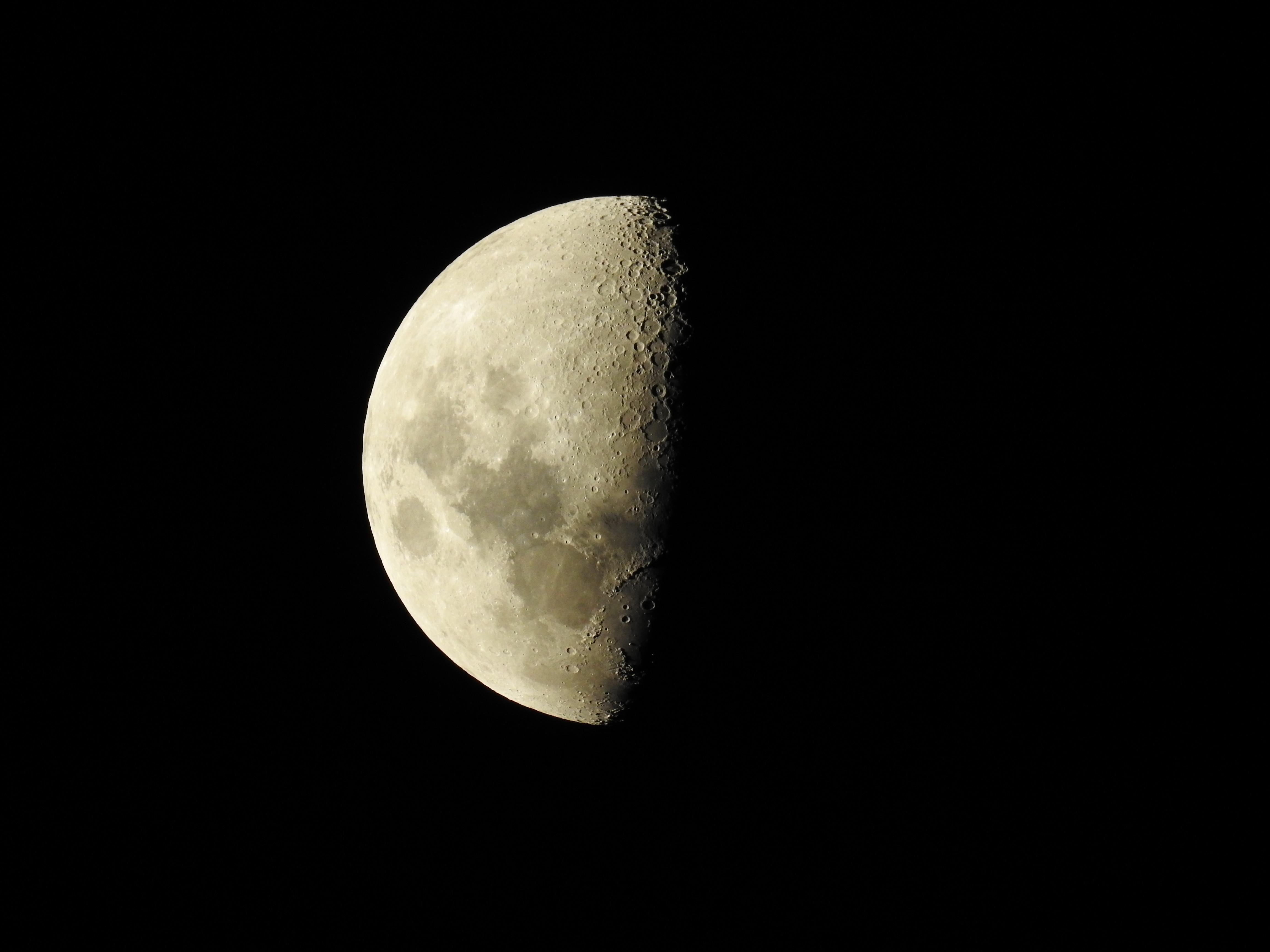 Kostenlose Mond HD-Bilder herunterladen