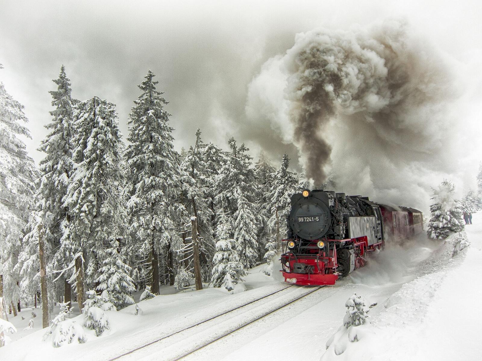 21903 скачать обои Транспорт, Пейзаж, Зима, Снег, Поезда - заставки и картинки бесплатно