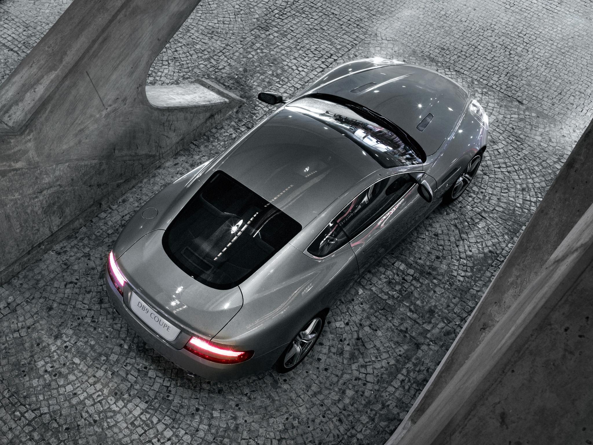 85813 скачать обои Астон Мартин (Aston Martin), Машины, Тачки (Cars), Вид Сверху, Отражение, Стиль, 2008, Db9, Серый Металлик - заставки и картинки бесплатно