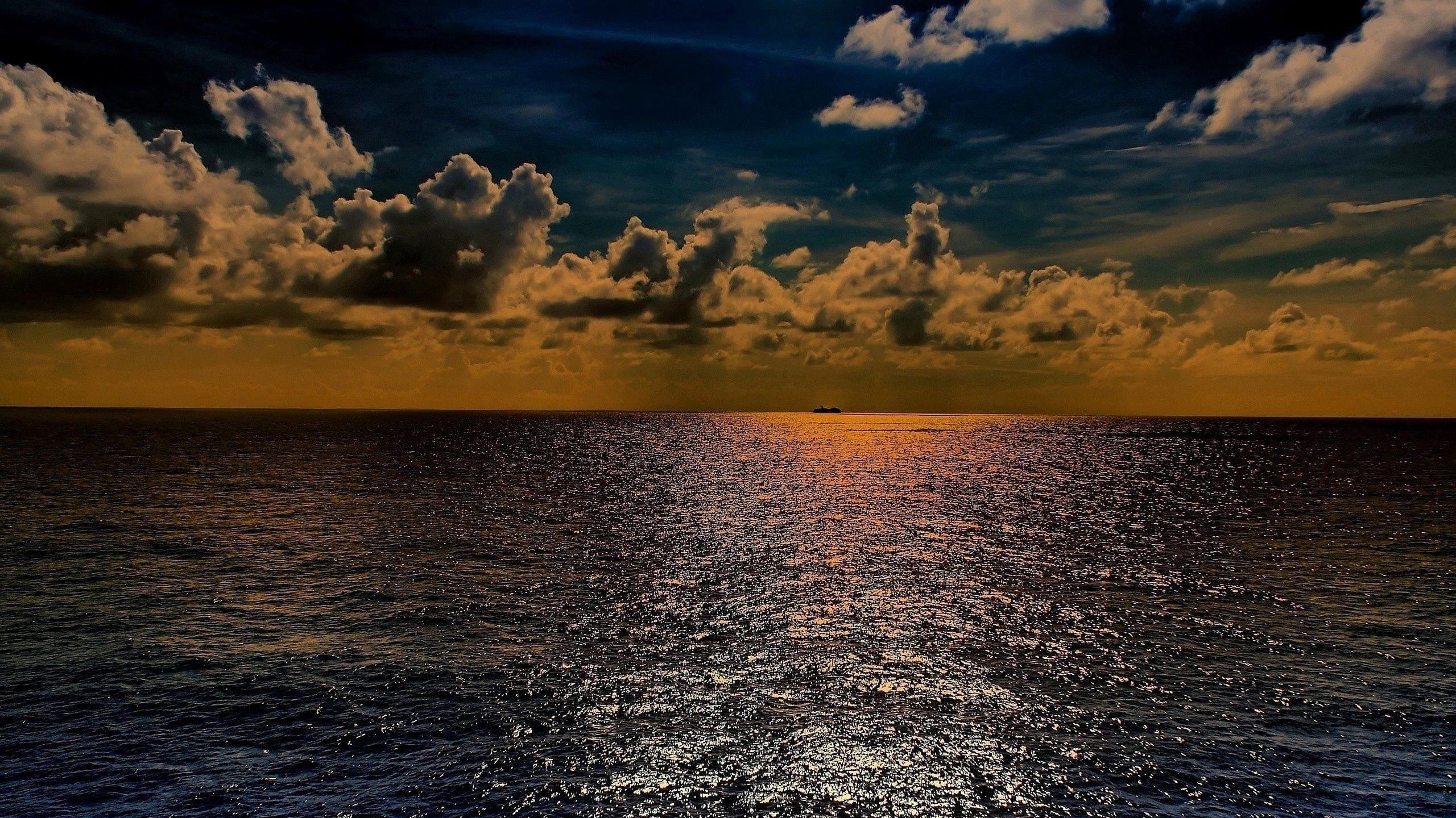 73793 Screensavers and Wallpapers Handsomely for phone. Download Nature, Sky, Sea, Summer, Horizon, Shine, Light, Handsomely, It's Beautiful pictures for free