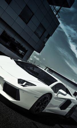 147178 скачать Белые обои на телефон бесплатно, Окна, Небо, Облака, Ламборджини (Lamborghini), Тачки (Cars), Дорога, Разметка, Белый, Вид Сбоку, Здание, Aventador, Lp700-4, Ламборгини Белые картинки и заставки на мобильный