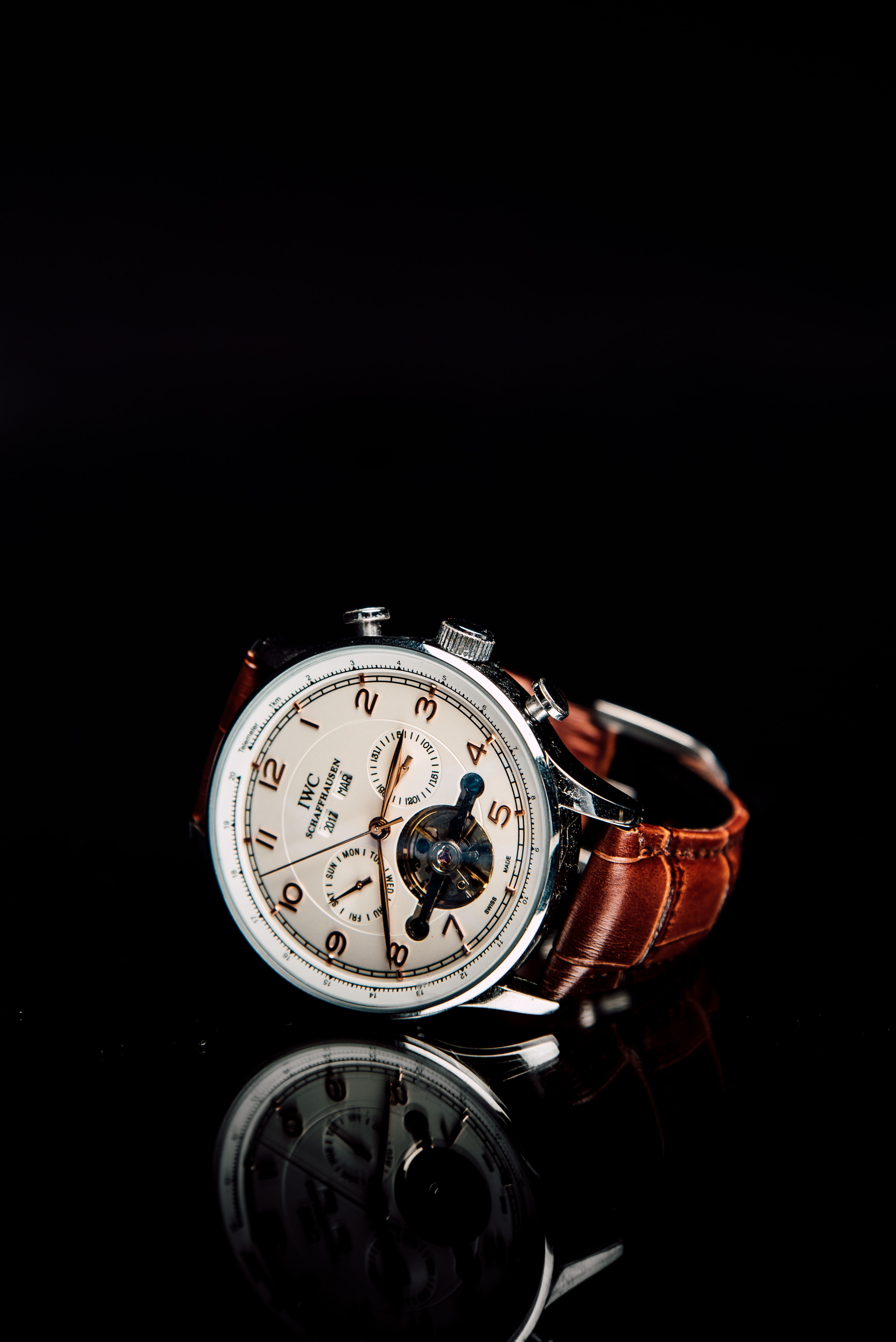 79596 download wallpaper Technologies, Technology, Wrist Watch, Wristwatch, Style, Male, Clock screensavers and pictures for free
