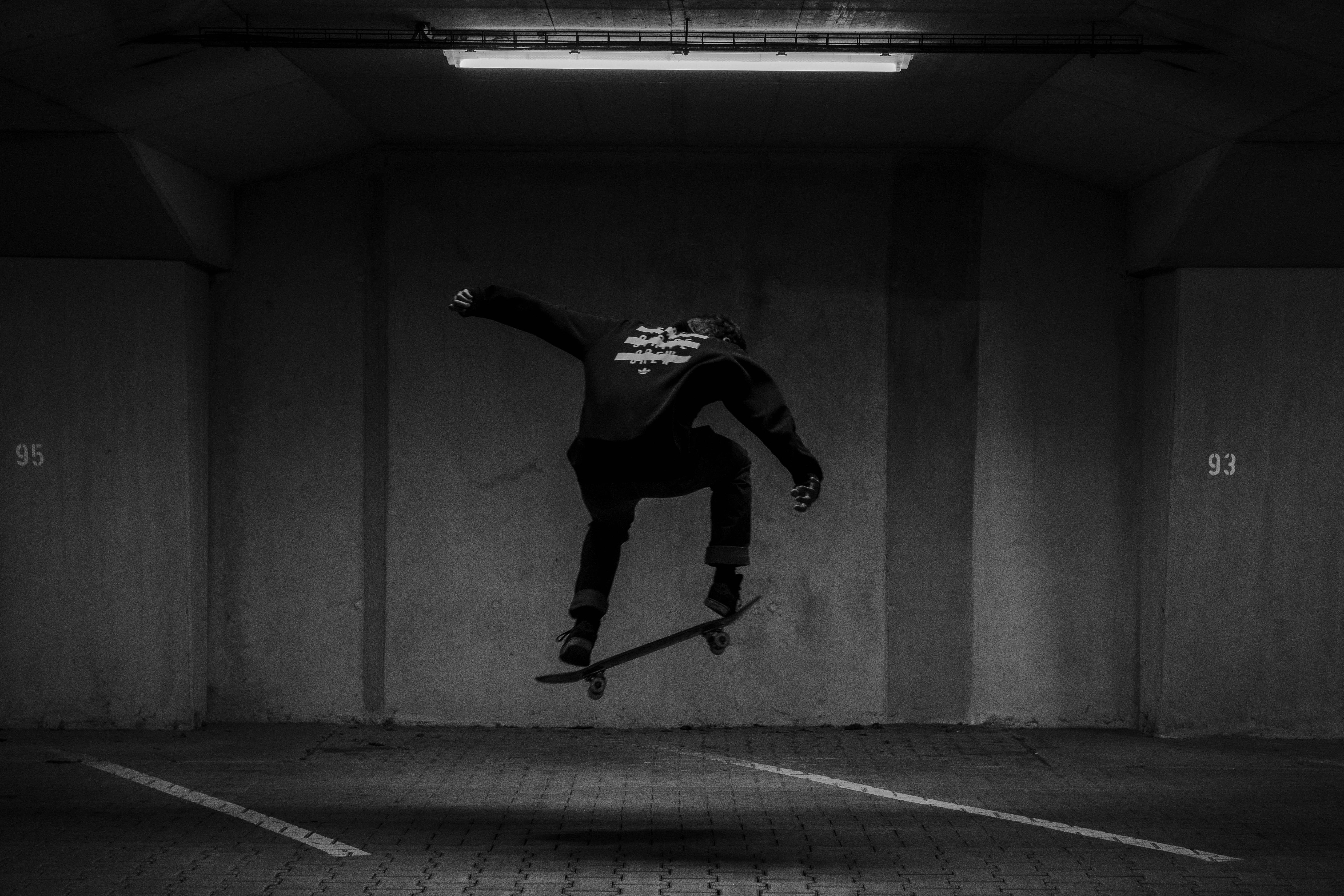 92395 baixar papel de parede Skate, Patim, Skatista, Patinador, Truque, Preto E Branco, Preto-E-Branco, O Preto - protetores de tela e imagens gratuitamente