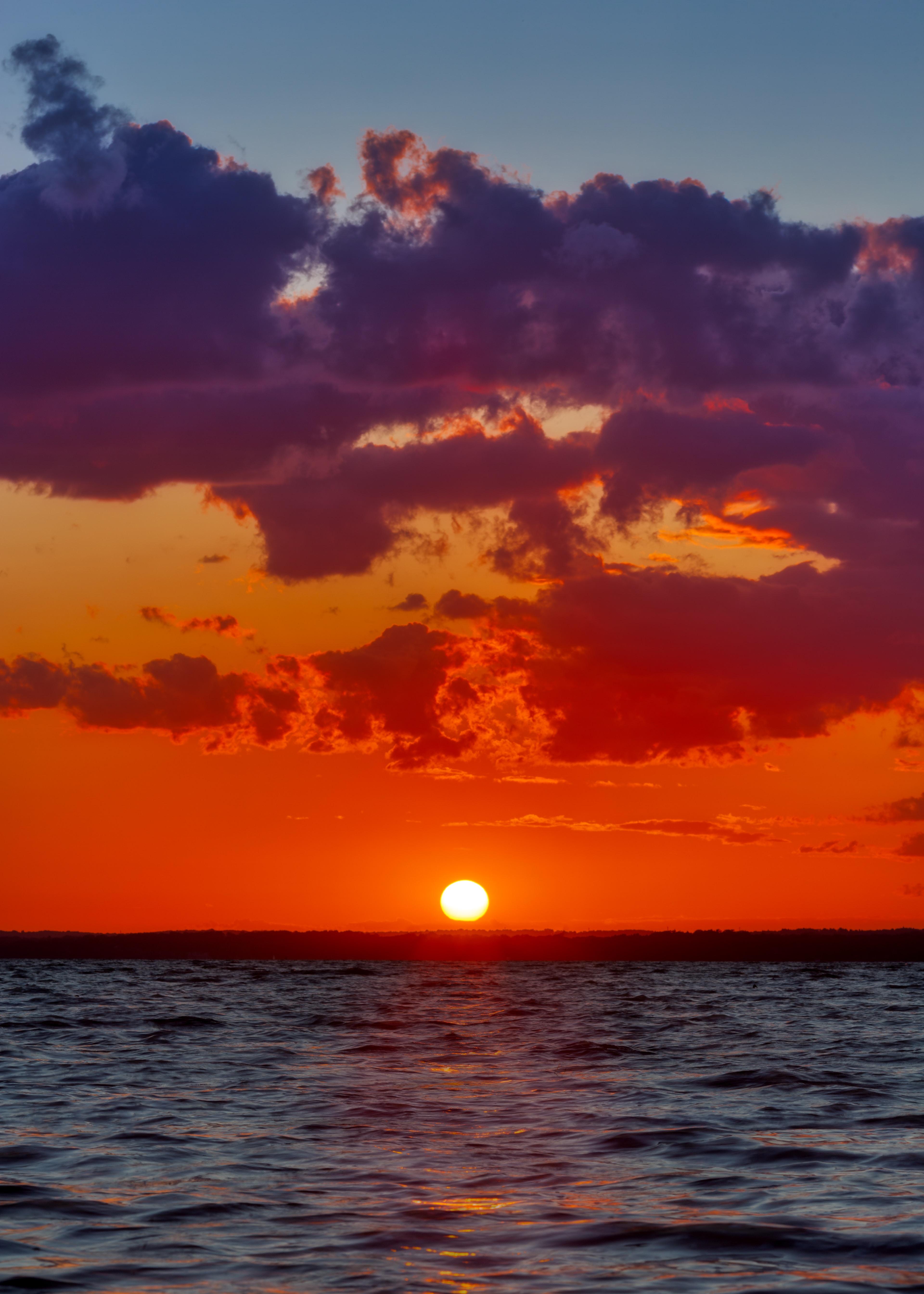 91460 скачать обои Природа, Море, Закат, Горизонт, Облака, Волны - заставки и картинки бесплатно