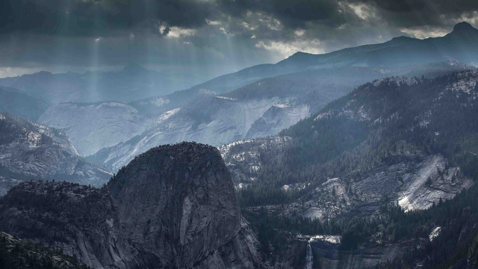 50871 download wallpaper Nature, Fog, Shine, Light, Sky, Mountains screensavers and pictures for free