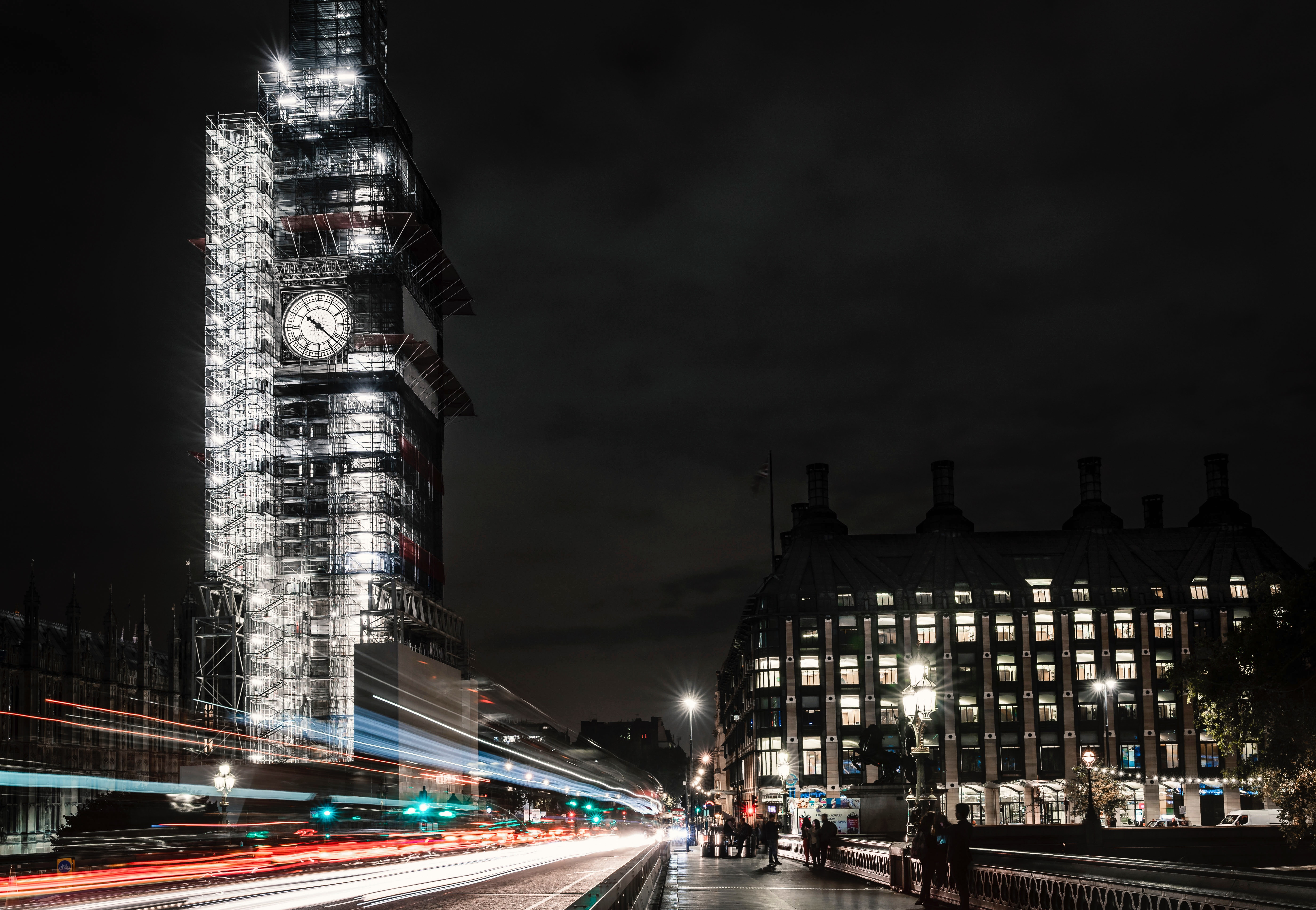 64360 Screensavers and Wallpapers London for phone. Download Cities, Night, Architecture, London, Building, Night City, Long-Term Exposure pictures for free