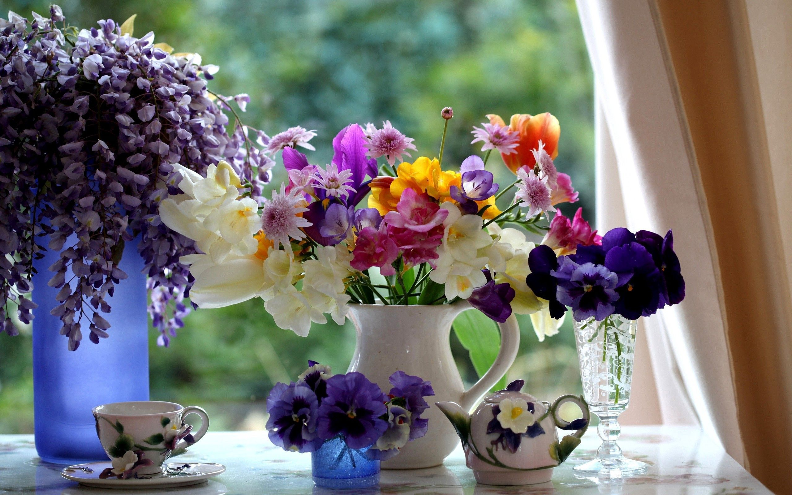 70507 download wallpaper Flowers, Bouquet, Window Sill, Windowsill, Composition, Teapot, Kettle screensavers and pictures for free