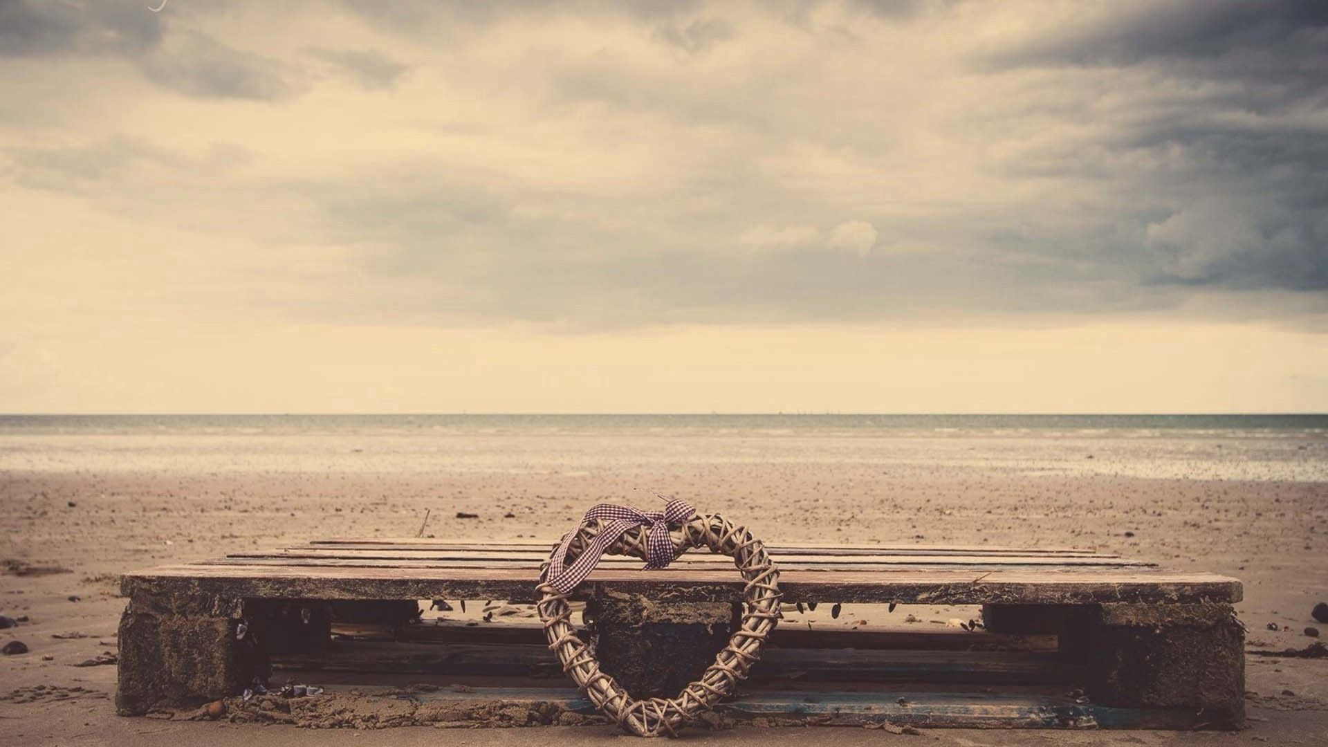 117013 Screensavers and Wallpapers Bench for phone. Download Sand, Love, Shore, Bank, Heart, Bench, Wicker, Braided pictures for free