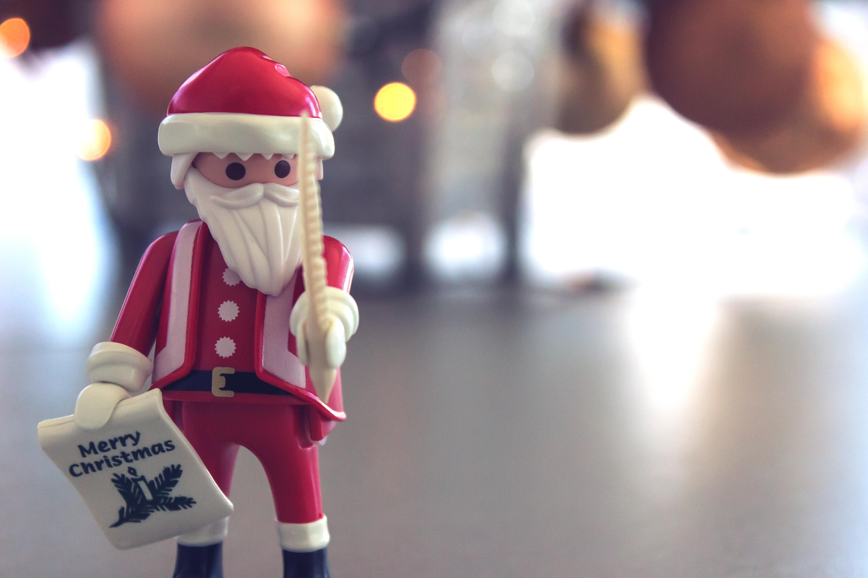 71575 скачать обои Праздники, Санта Клаус, Рождество, Игрушка, Размытость, Блики - заставки и картинки бесплатно