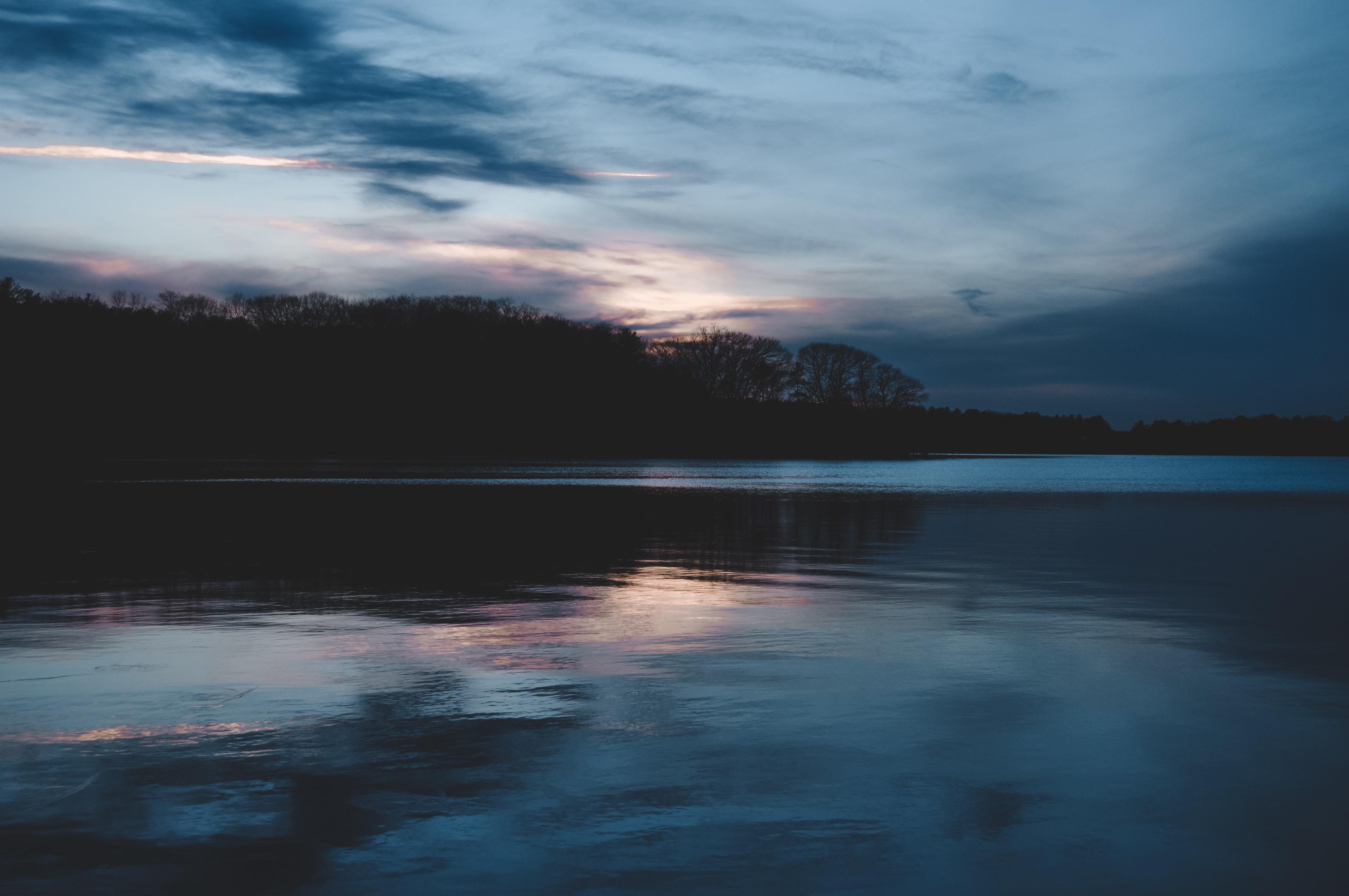 98313 Заставки и Обои Озеро на телефон. Скачать Вечер, Озеро, Горизонт, Природа, Облака картинки бесплатно